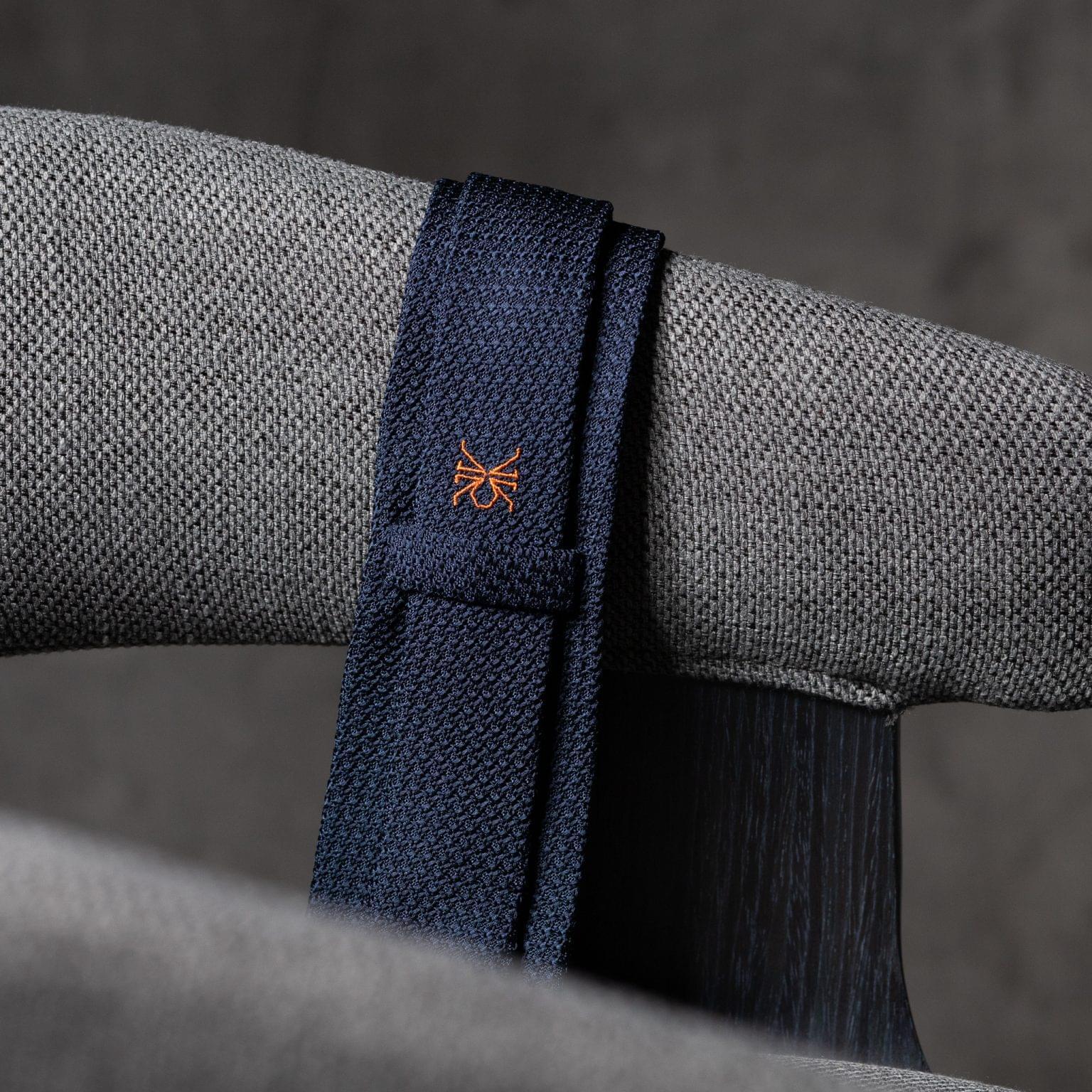 GRENADINE-0146-Tie-Initials-Corbata-Iniciales-The-Seelk-4
