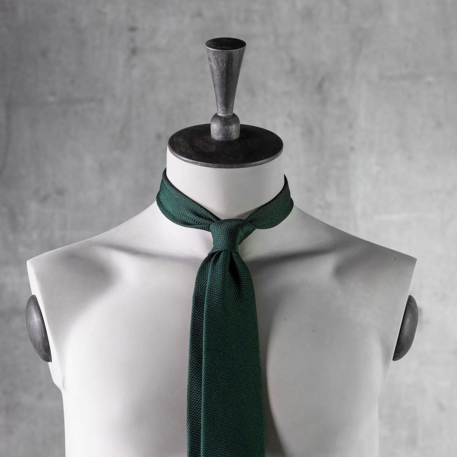 GRENADINE-0148-Tie-Initials-Corbata-Iniciales-The-Seelk-3
