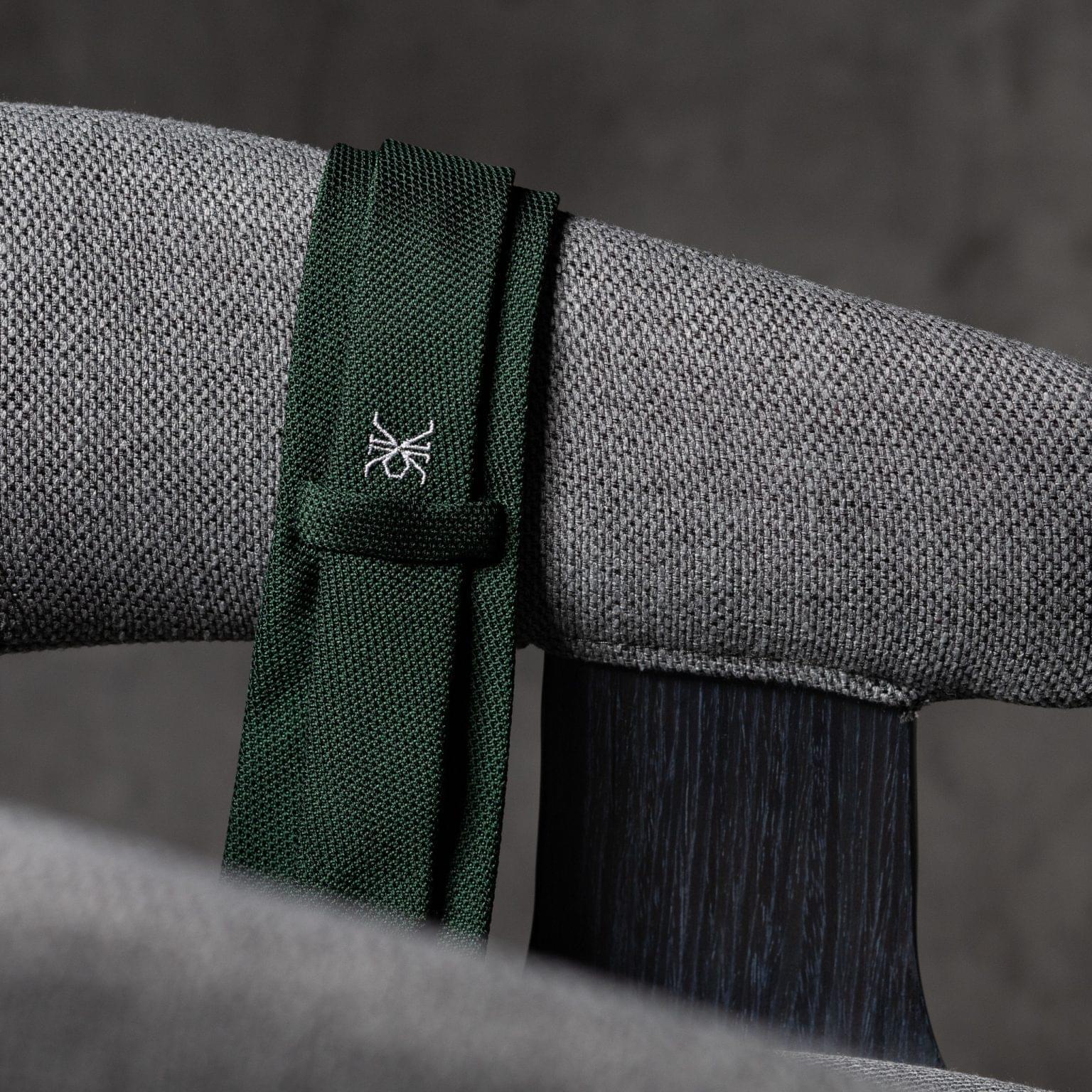 GRENADINE-0148-Tie-Initials-Corbata-Iniciales-The-Seelk-4