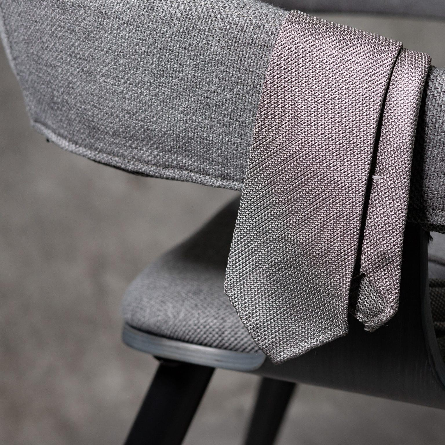 GRENADINE-0151-Tie-Initials-Corbata-Iniciales-The-Seelk-2