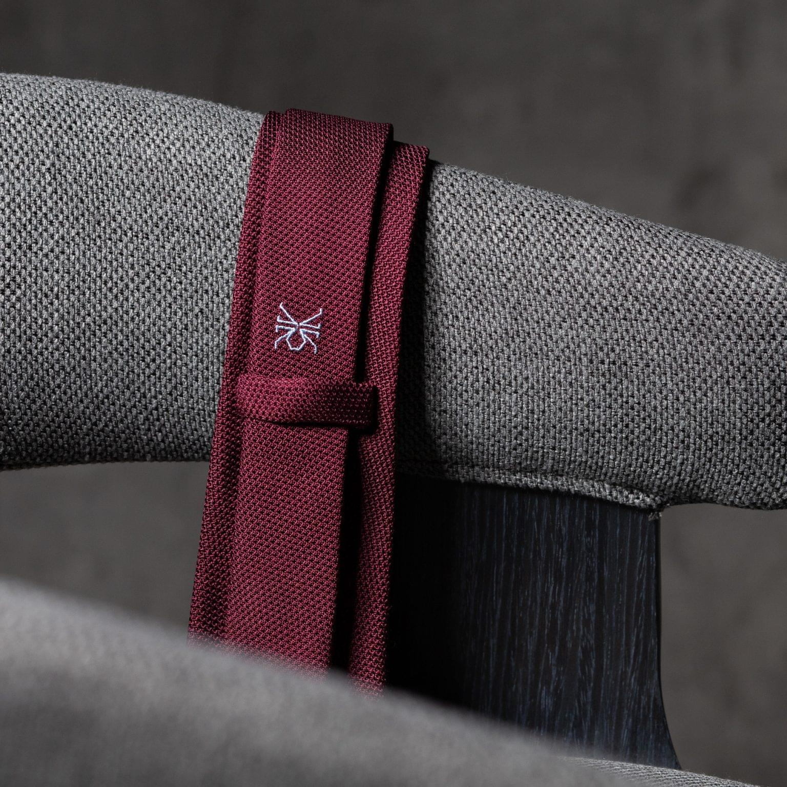 GRENADINE-0278-Tie-Initials-Corbata-Iniciales-The-Seelk-4