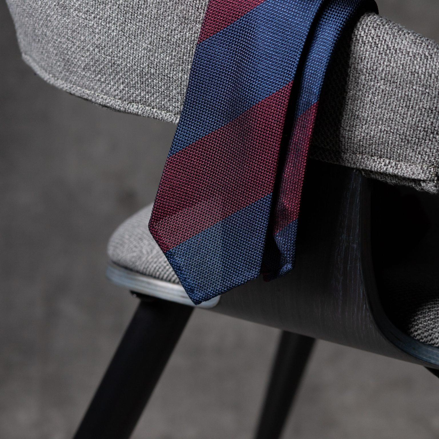 GRENADINE-0357-Tie-Initials-Corbata-Iniciales-The-Seelk-2