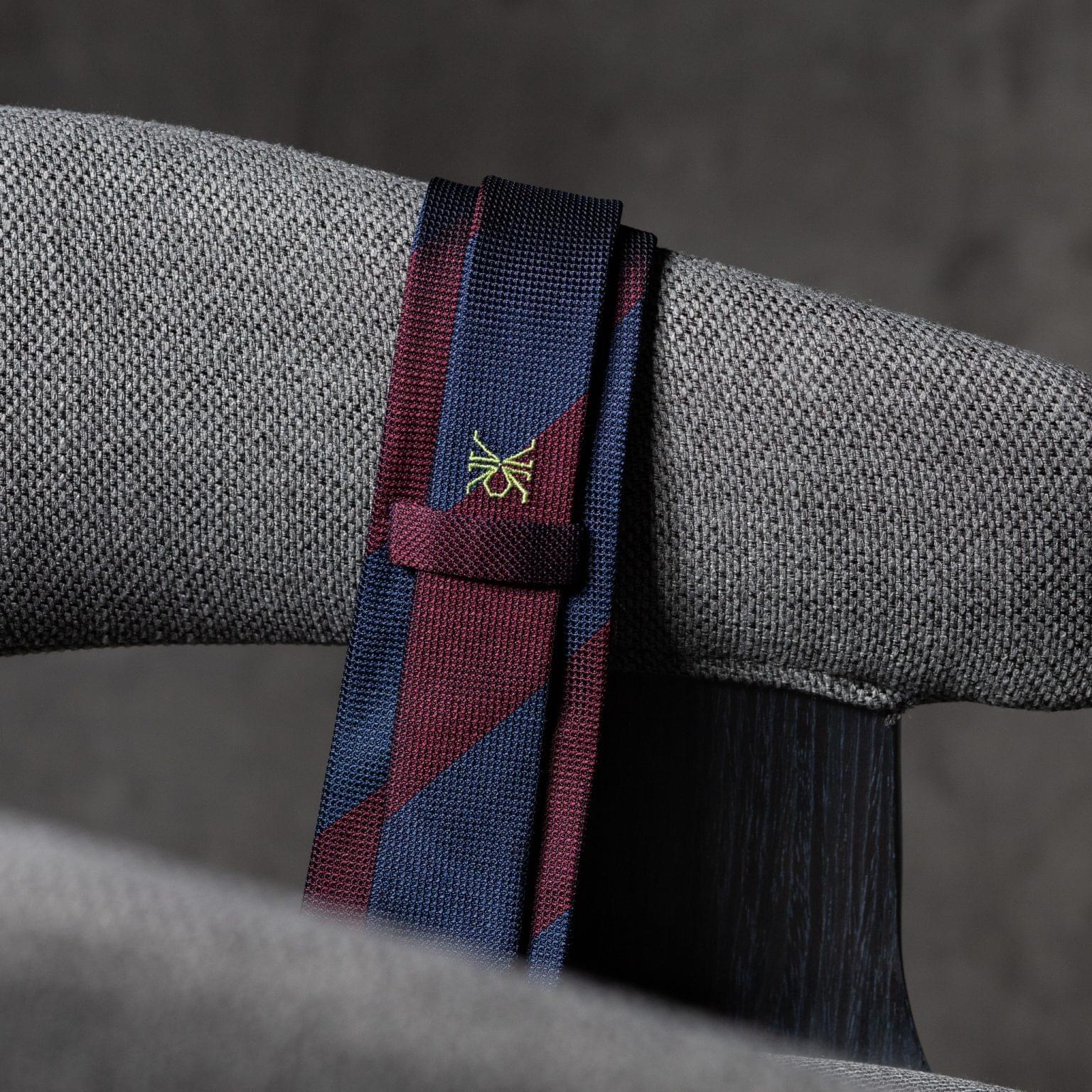 GRENADINE-0357-Tie-Initials-Corbata-Iniciales-The-Seelk-4