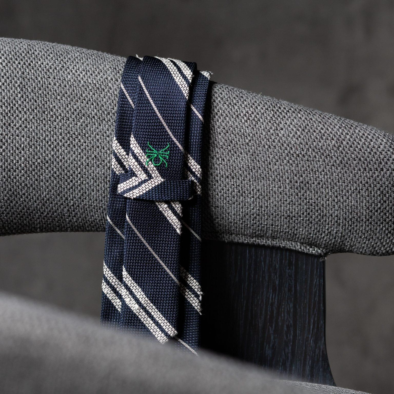 GRENADINE-0360-Tie-Initials-Corbata-Iniciales-The-Seelk-4