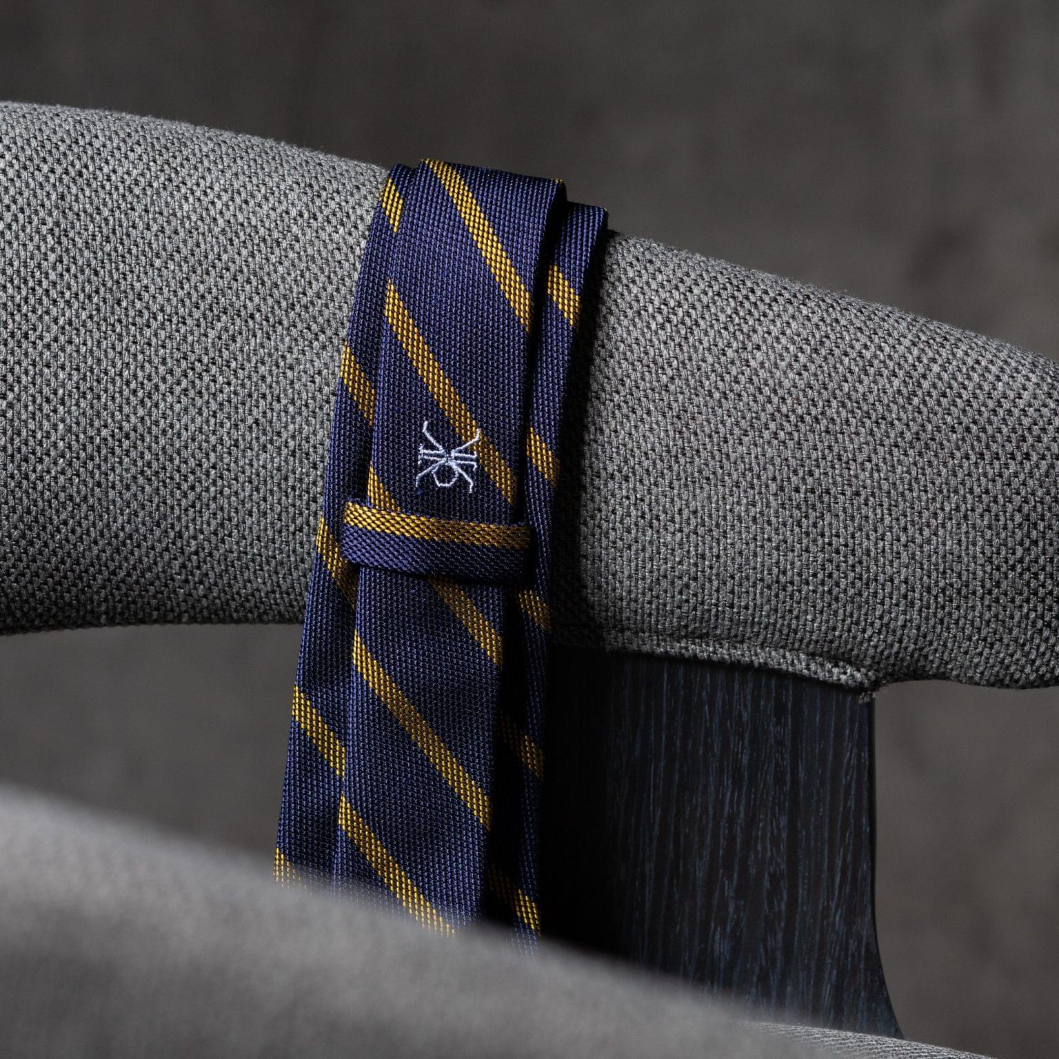 GRENADINE-0444-Tie-Initials-Corbata-Iniciales-The-Seelk-4