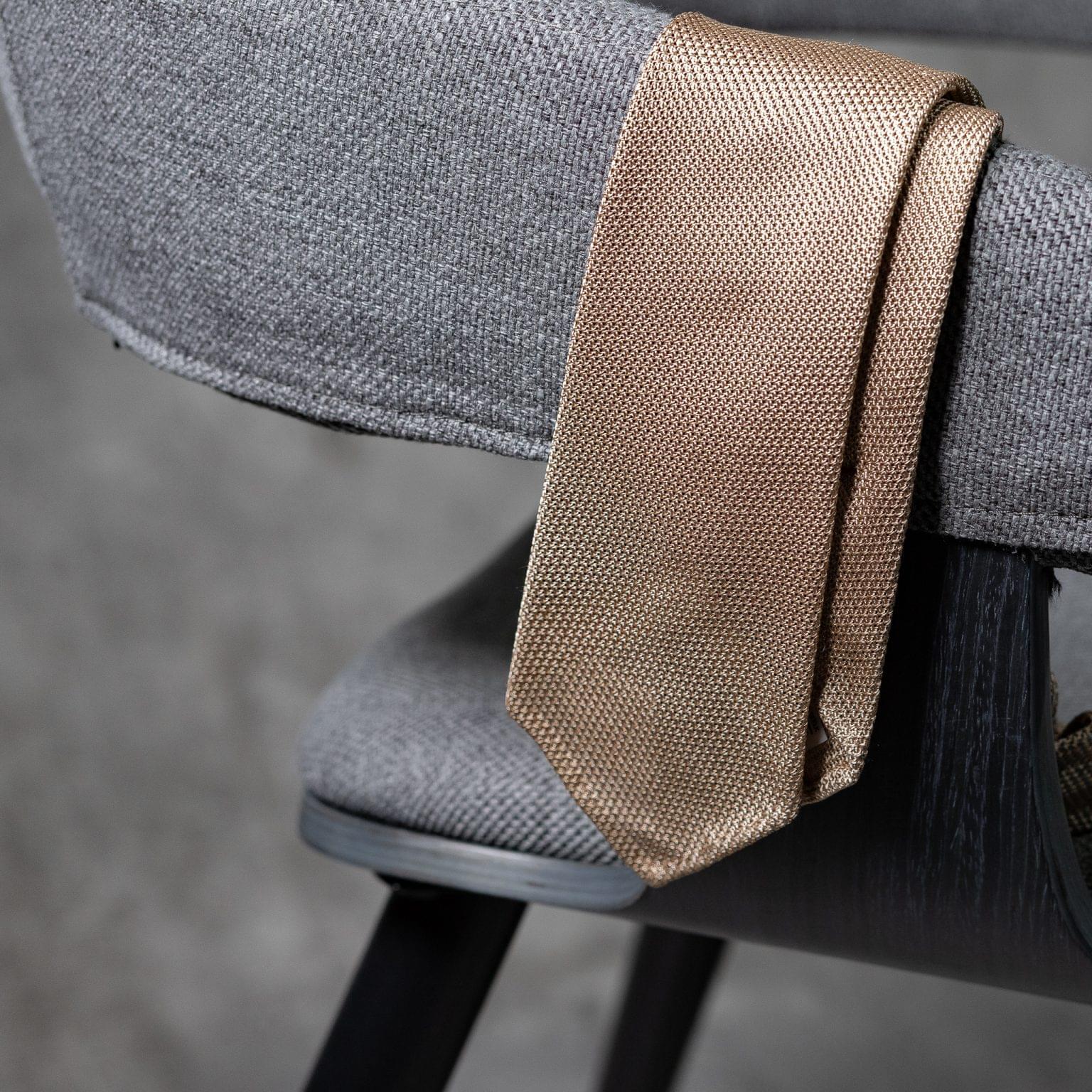GRENADINE-0463-Tie-Initials-Corbata-Iniciales-The-Seelk-2