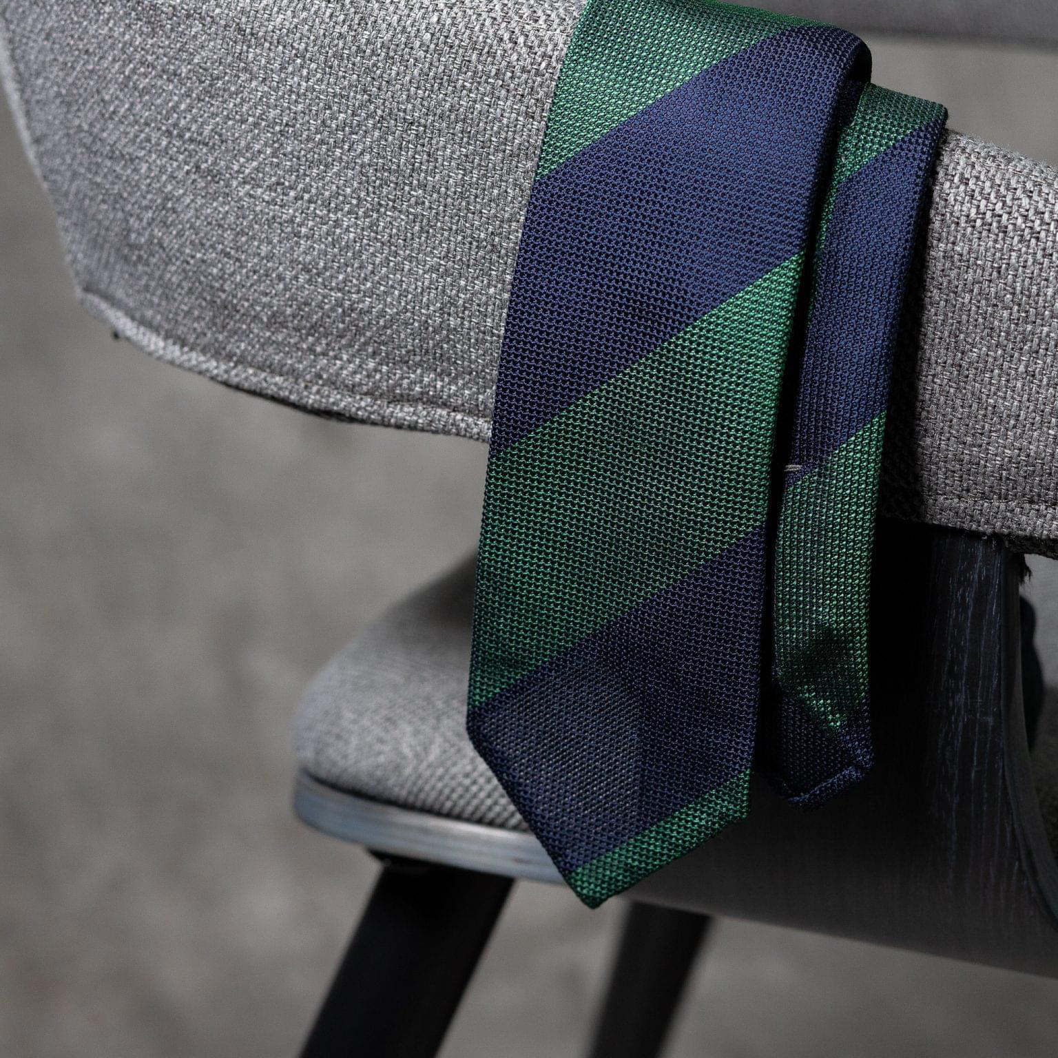 GRENADINE-0523-Tie-Initials-Corbata-Iniciales-The-Seelk-2