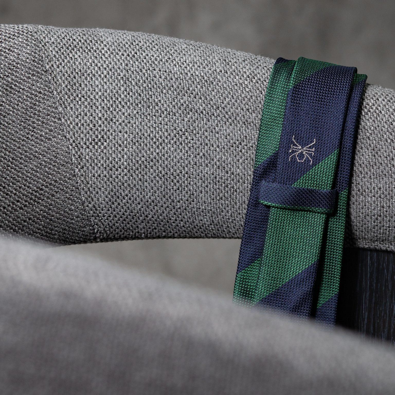 GRENADINE-0523-Tie-Initials-Corbata-Iniciales-The-Seelk-4