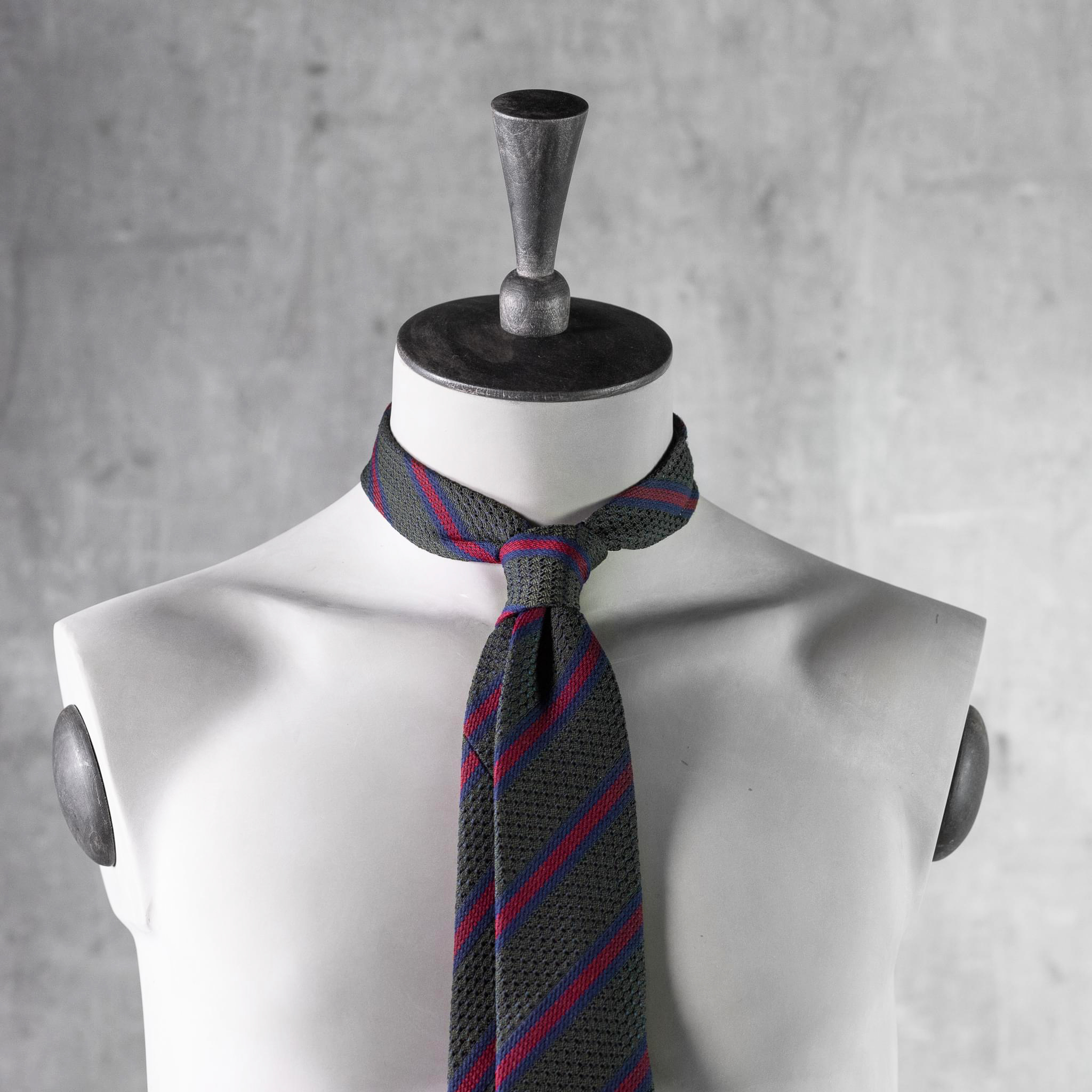GRENADINE-0529-Tie-Initials-Corbata-Iniciales-The-Seelk-4