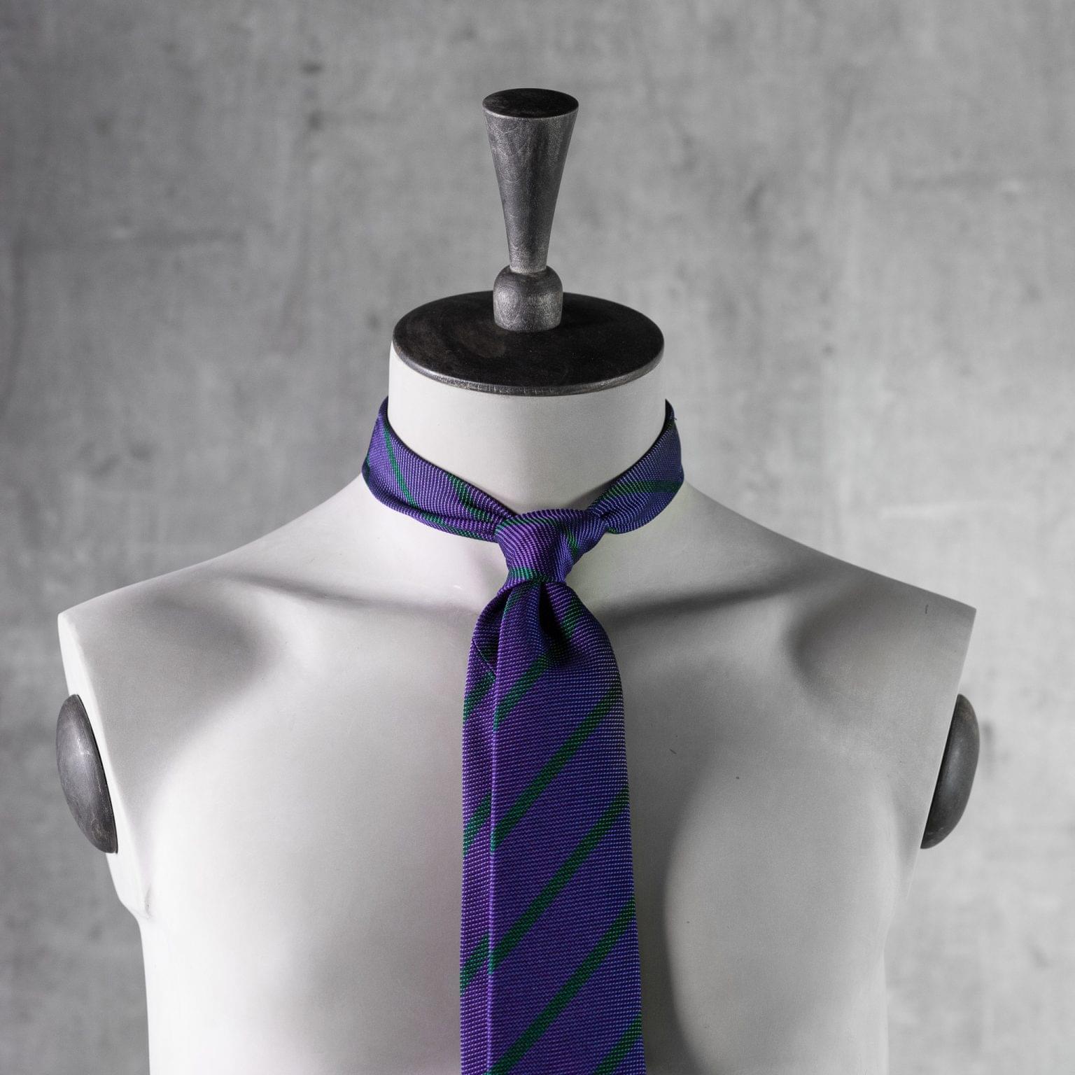 GRENADINE-0531-Tie-Initials-Corbata-Iniciales-The-Seelk-3