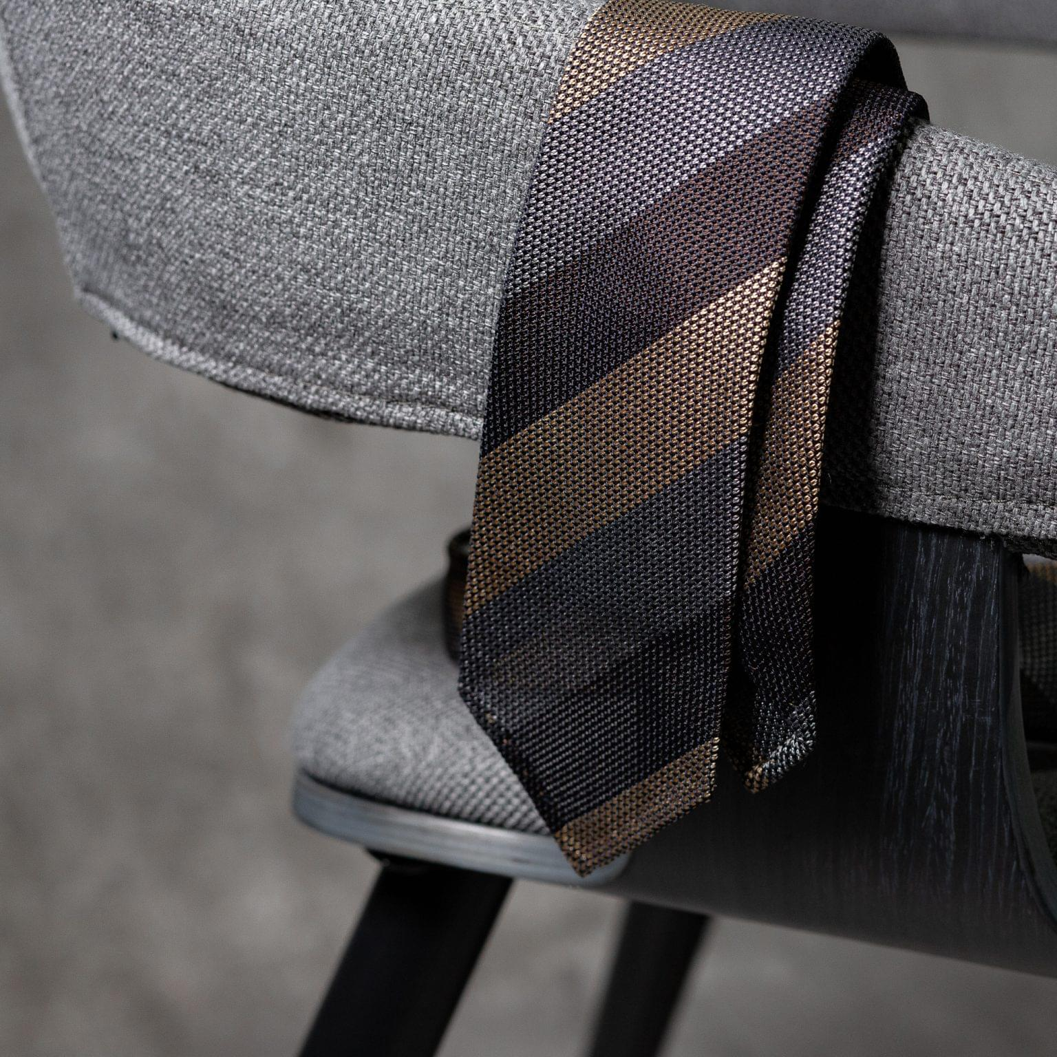 GRENADINE-0532-Tie-Initials-Corbata-Iniciales-The-Seelk-2