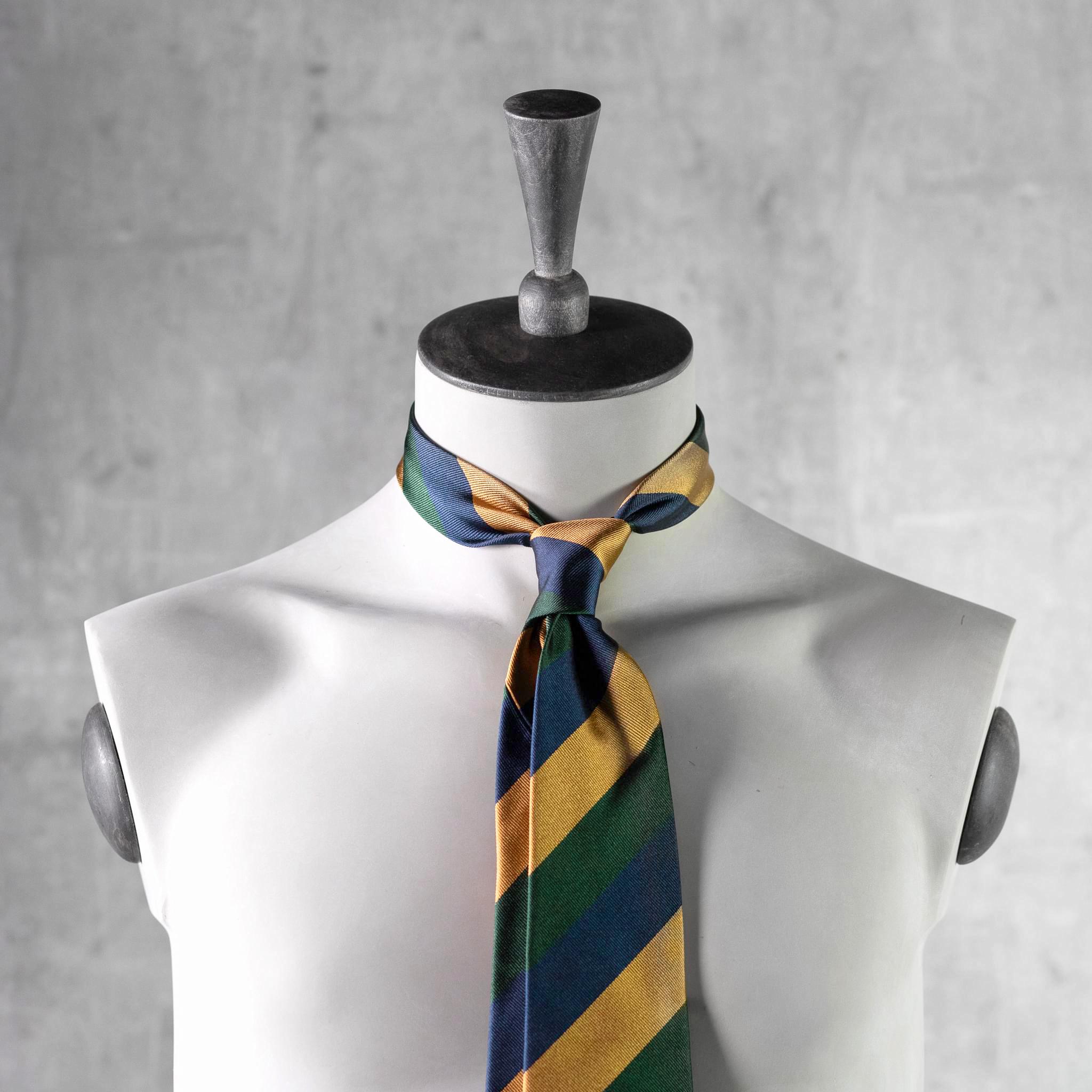 JACQUARD-0505-Tie-Initials-Corbata-Iniciales-The-Seelk-3