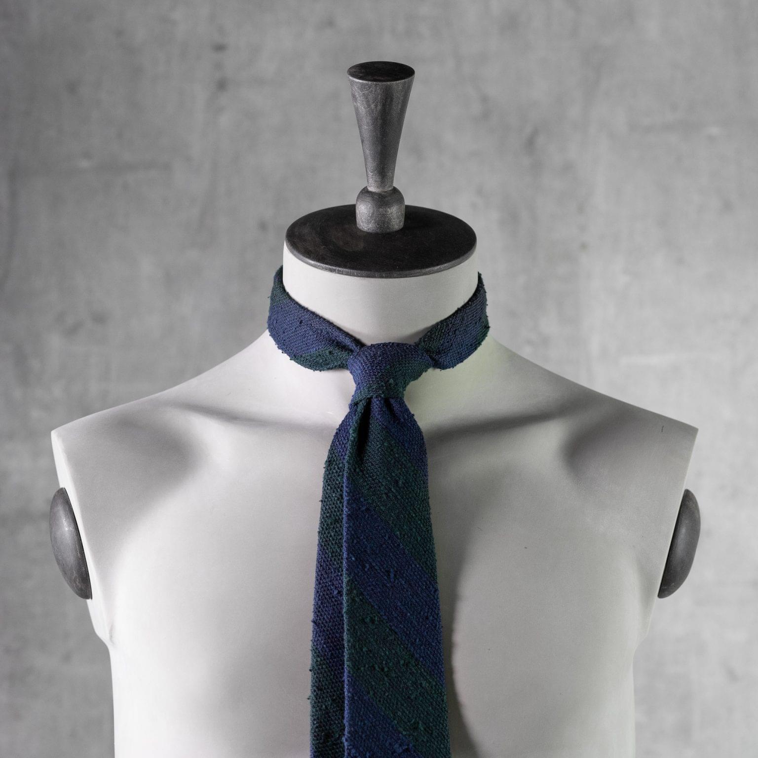 SHANTUNG-0271-Tie-Initials-Corbata-Iniciales-The-Seelk-3