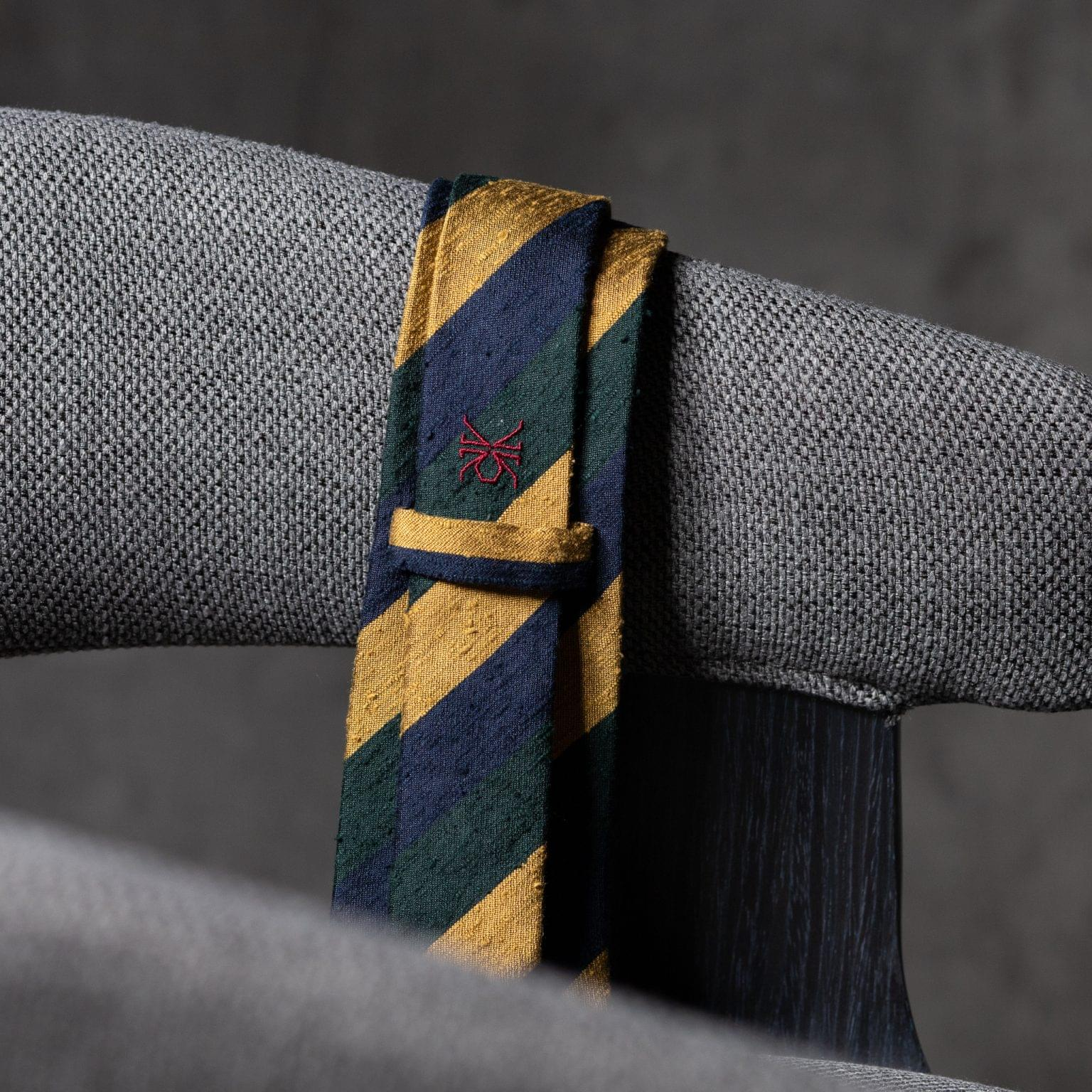 SHANTUNG-0355-Tie-Initials-Corbata-Iniciales-The-Seelk-4