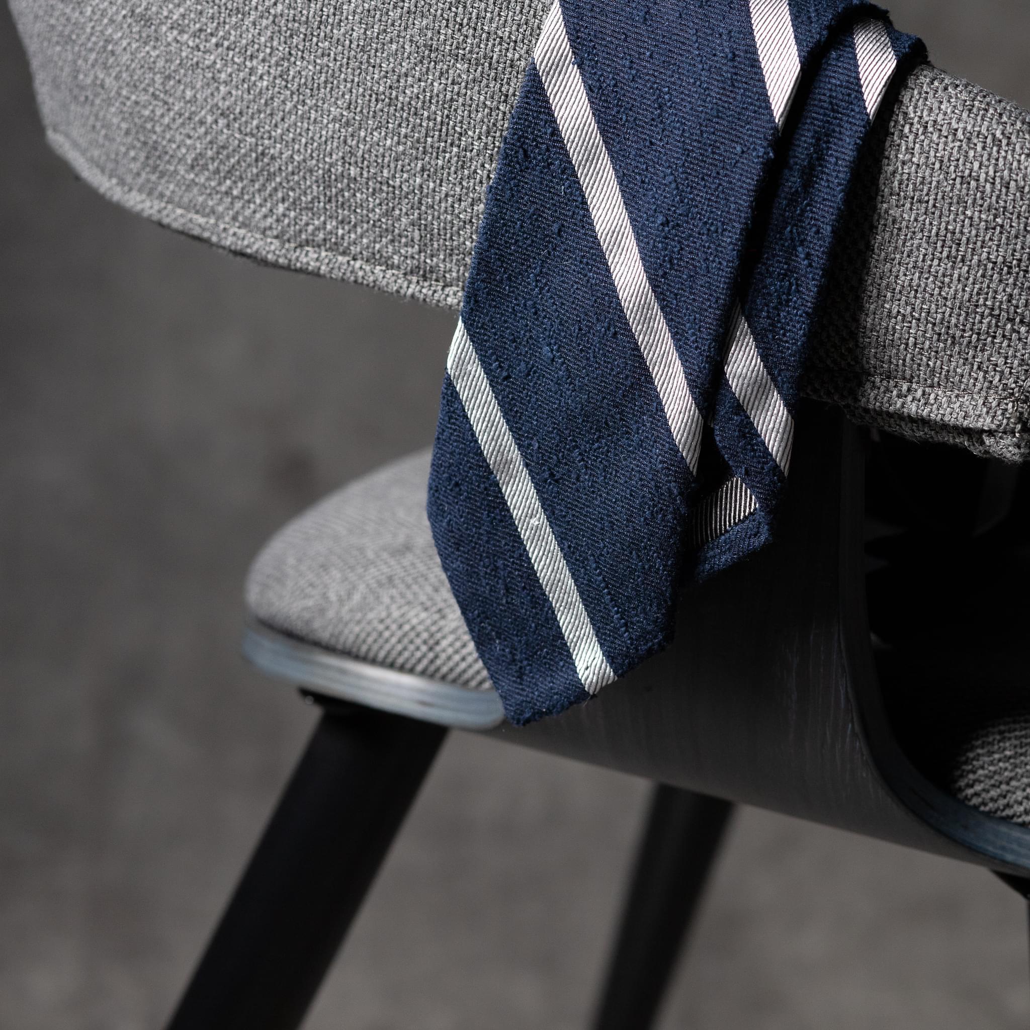 SHANTUNG-0361-Tie-Initials-Corbata-Iniciales-The-Seelk-2