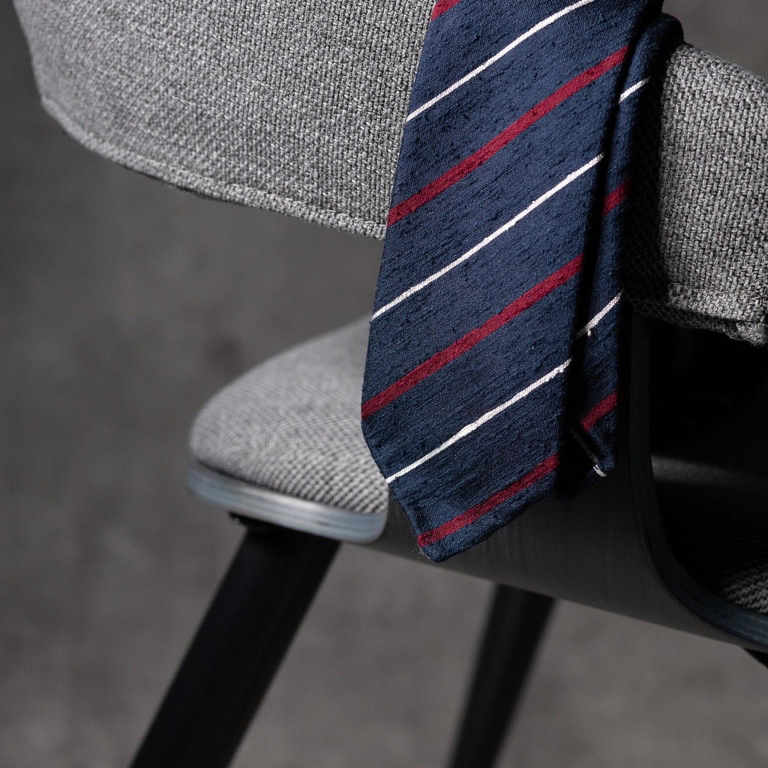 SHANTUNG-0525-Tie-Initials-Corbata-Iniciales-The-Seelk-2