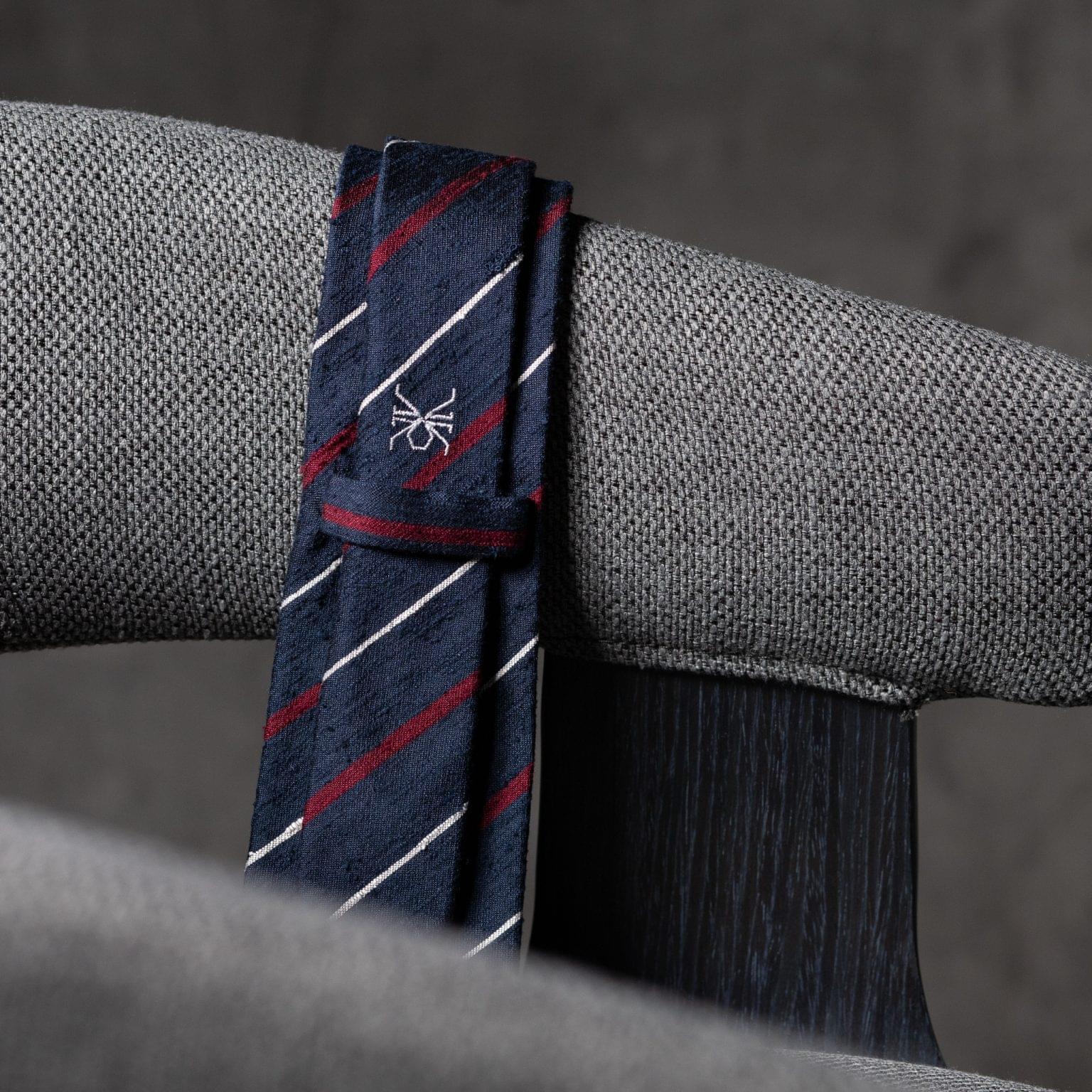 SHANTUNG-0525-Tie-Initials-Corbata-Iniciales-The-Seelk-4