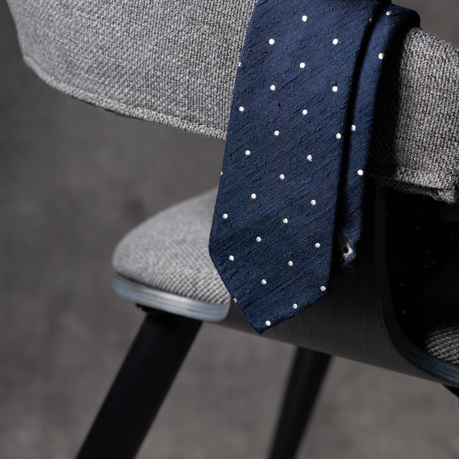 SHANTUNG-0527-Tie-Initials-Corbata-Iniciales-The-Seelk-2