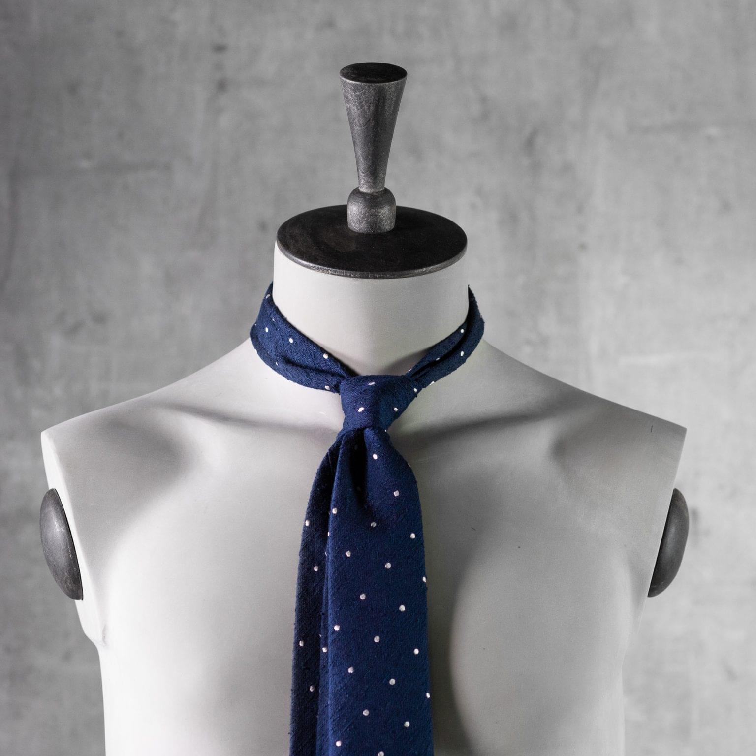 SHANTUNG-0527-Tie-Initials-Corbata-Iniciales-The-Seelk-3