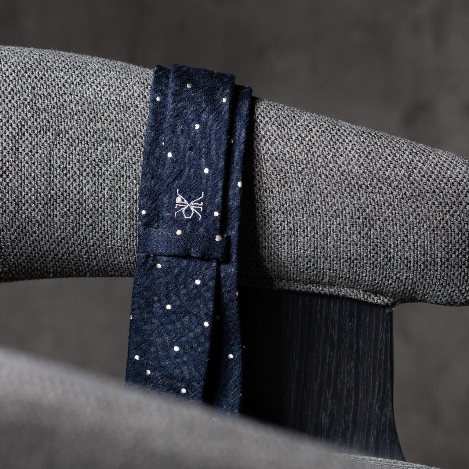 SHANTUNG-0527-Tie-Initials-Corbata-Iniciales-The-Seelk-4