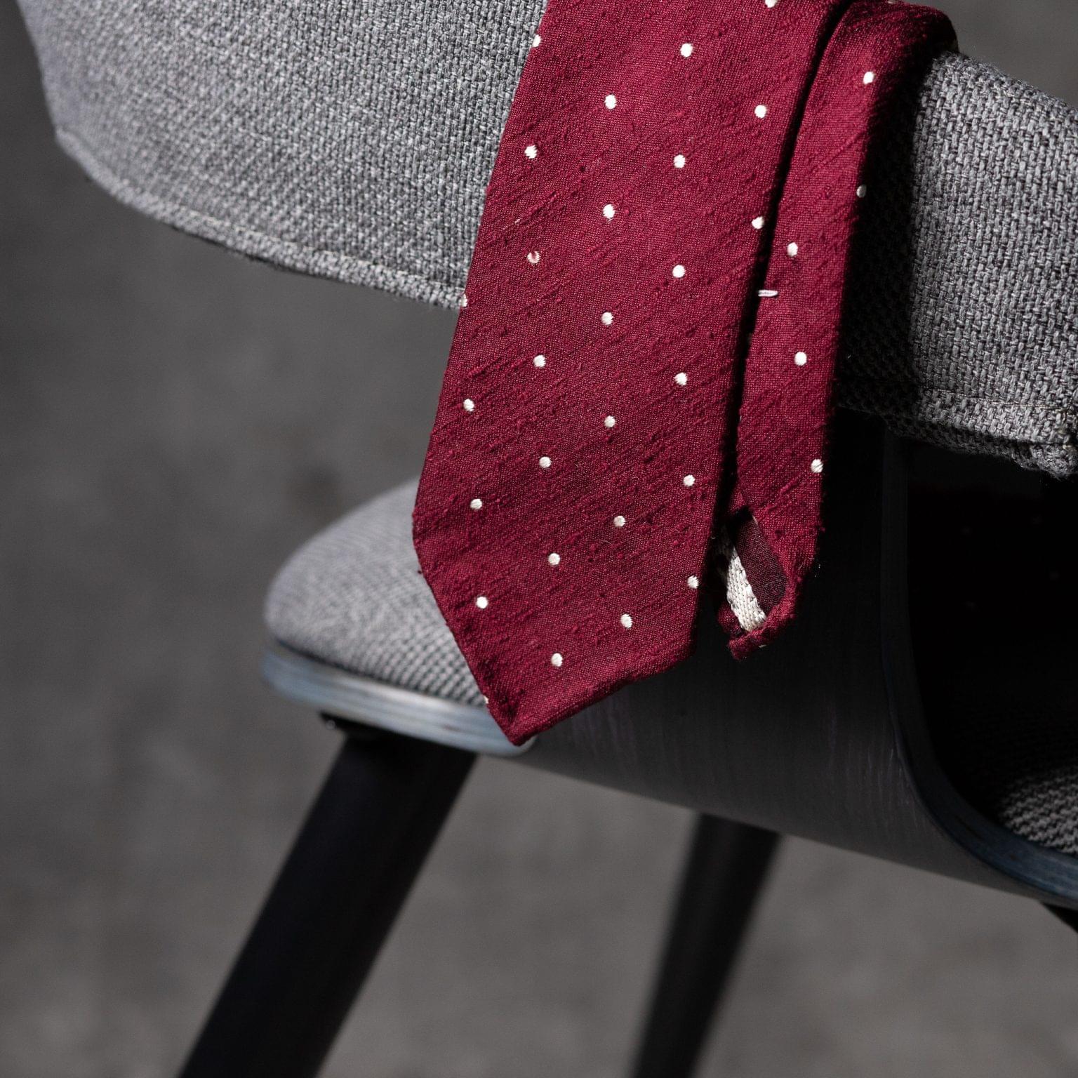 SHANTUNG-0528-Tie-Initials-Corbata-Iniciales-The-Seelk-2