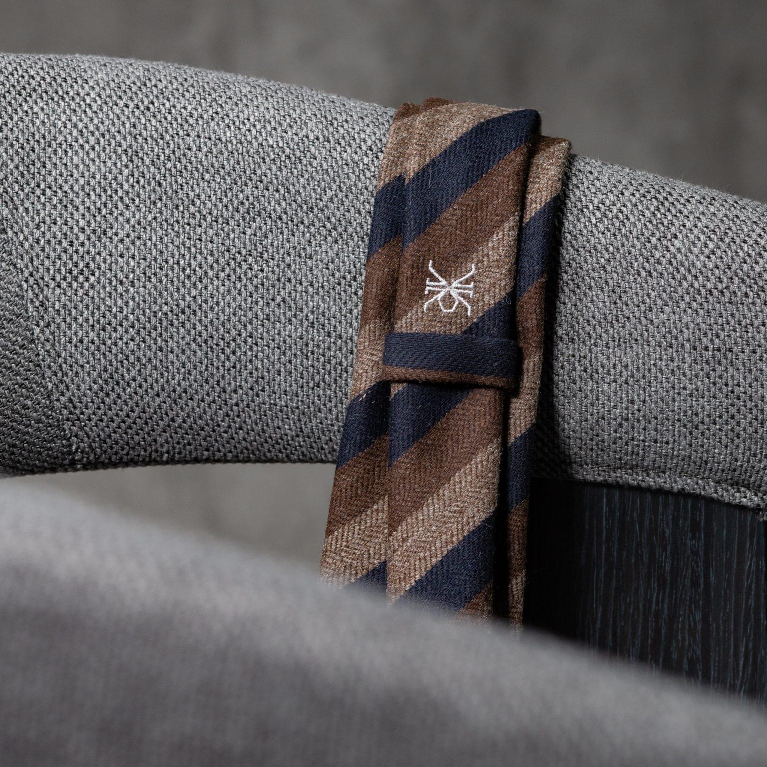 WOOL-LANA-0515-Tie-Initials-Corbata-Iniciales-The-Seelk-4
