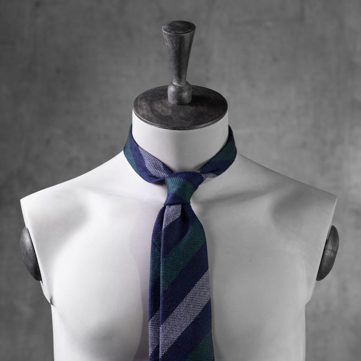 WOOL-LANA-0517-Tie-Initials-Corbata-Iniciales-The-Seelk-3