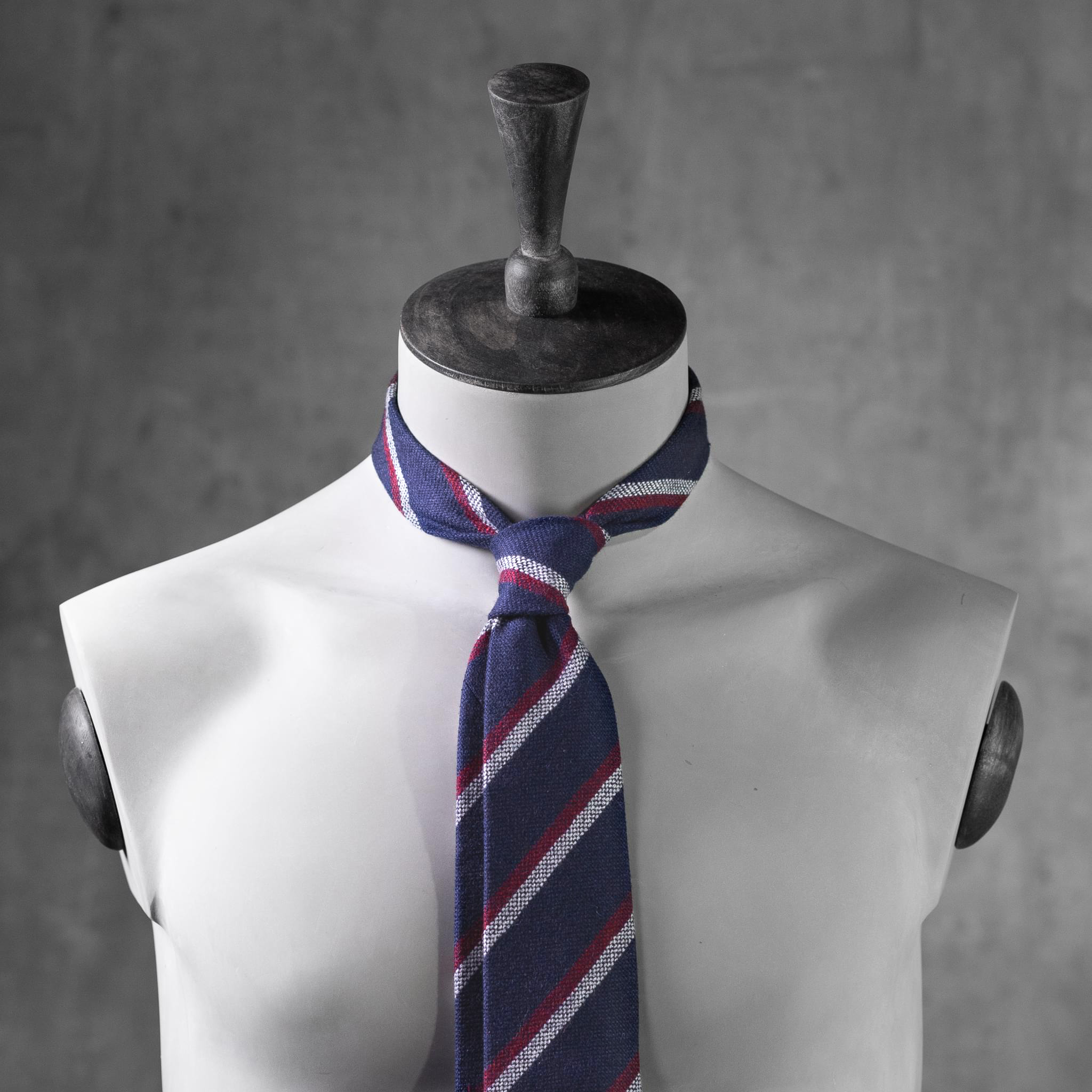 WOOL-LANA-0519-Tie-Initials-Corbata-Iniciales-The-Seelk-2