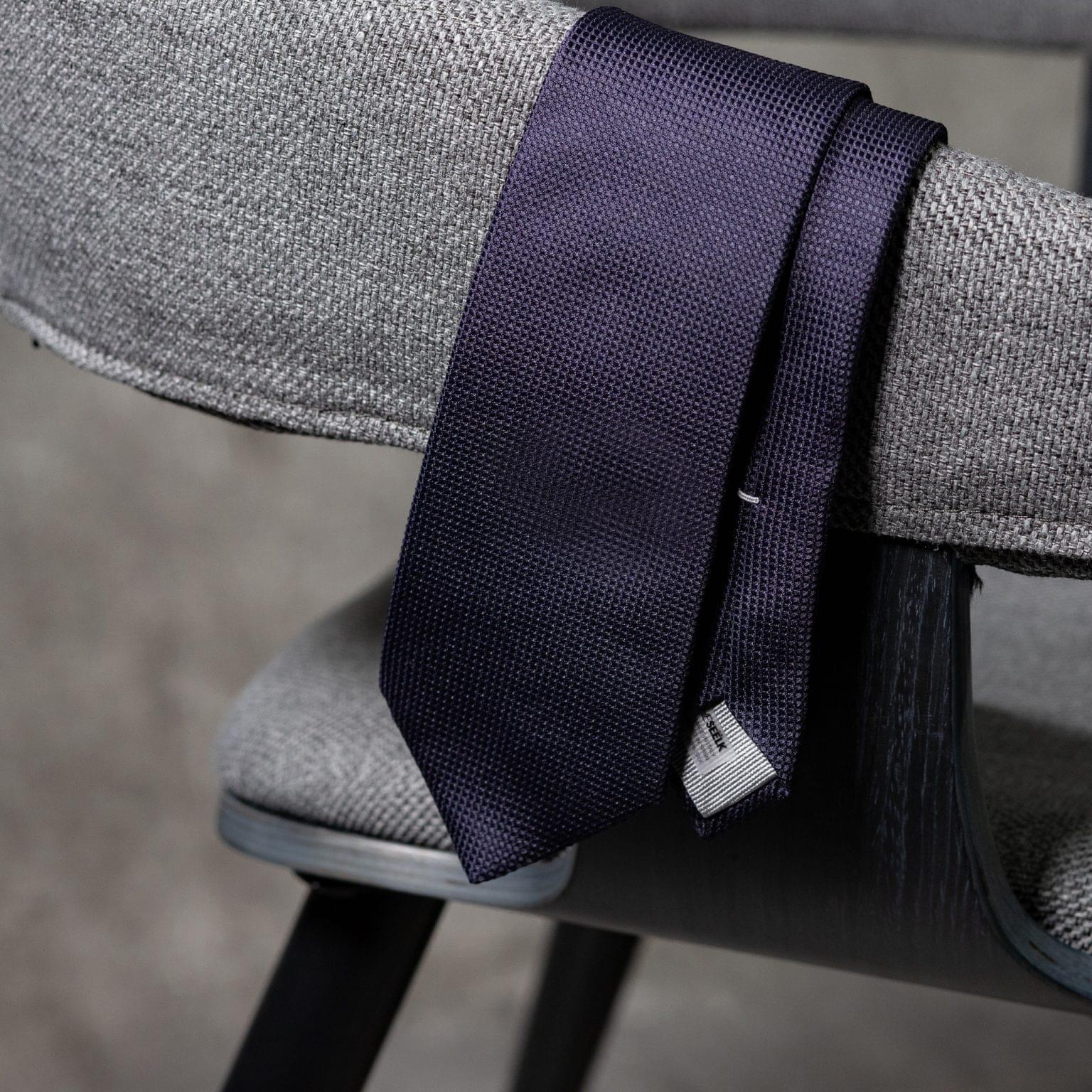 JACQUARD-0073-Tie-Initials-Corbata-Iniciales-The-Seelk-2