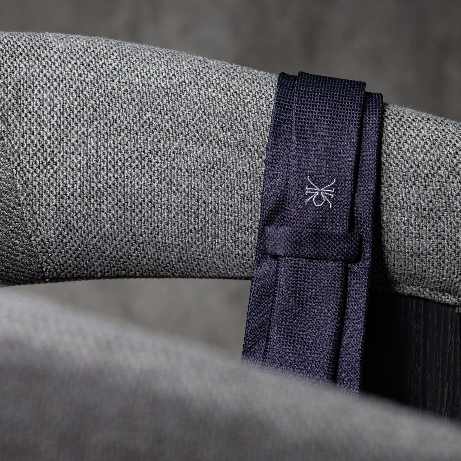 JACQUARD-0073-Tie-Initials-Corbata-Iniciales-The-Seelk-4