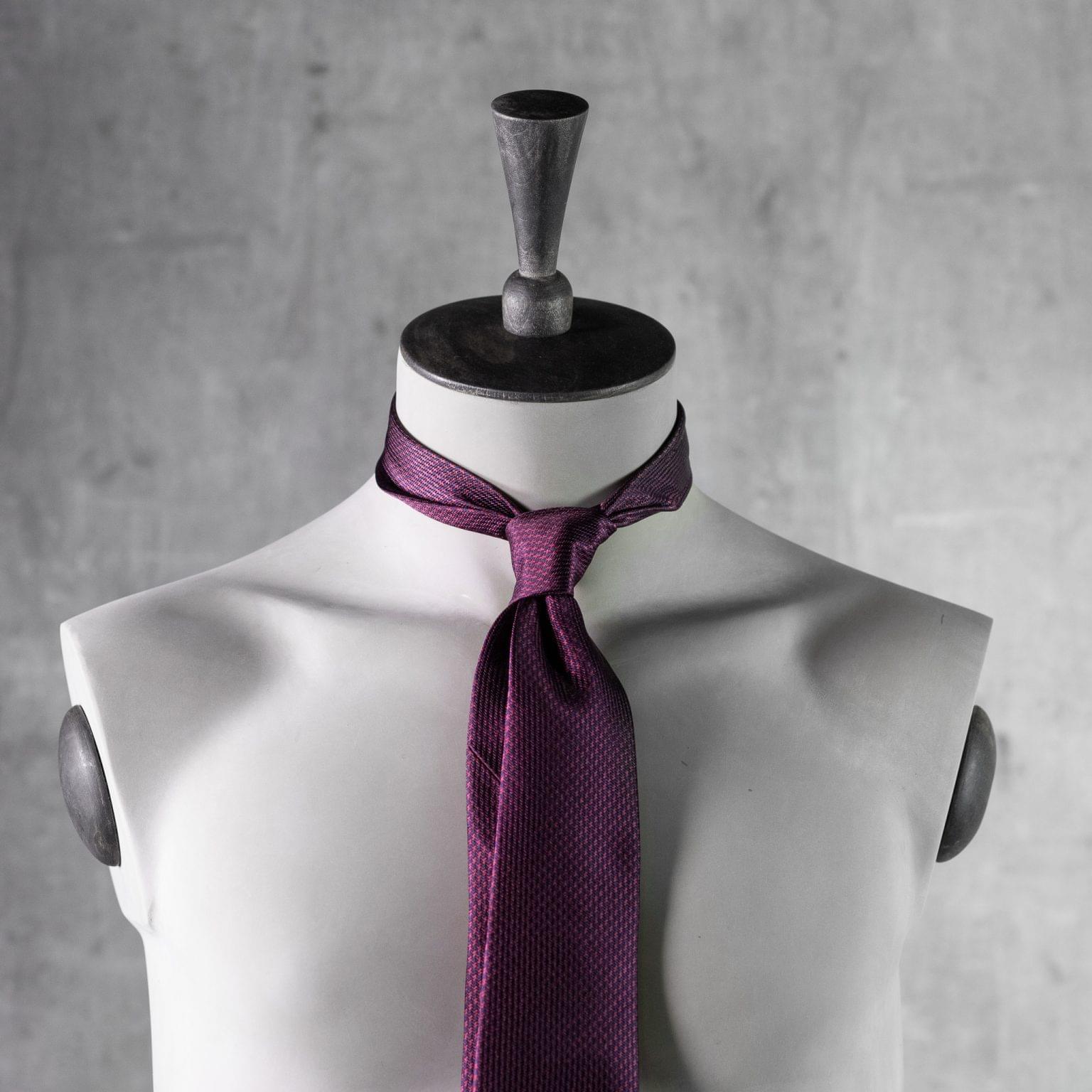 JACQUARD-0539-Tie-Initials-Corbata-Iniciales-The-Seelk-3