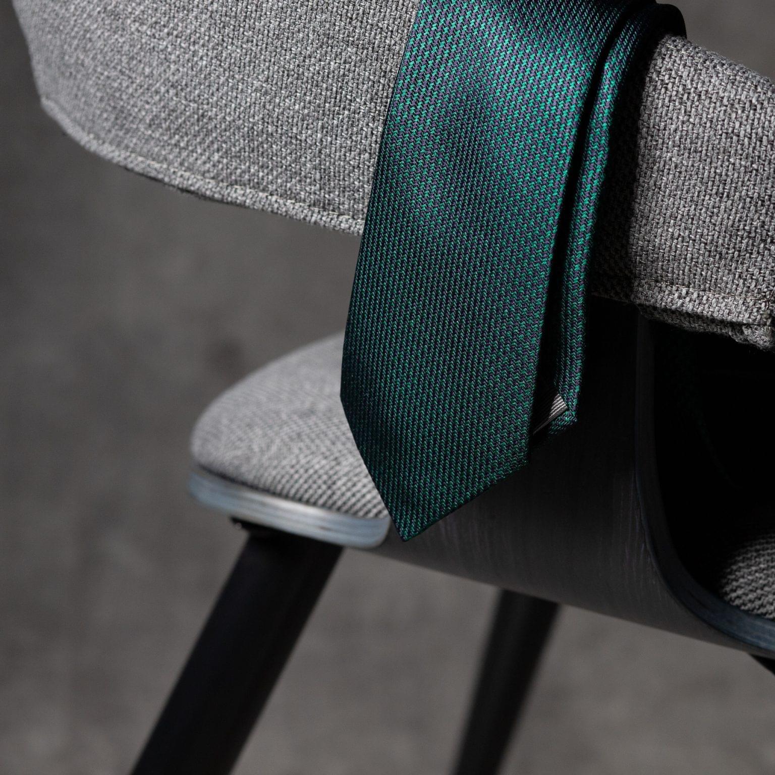 JACQUARD-0540-Tie-Initials-Corbata-Iniciales-The-Seelk-2