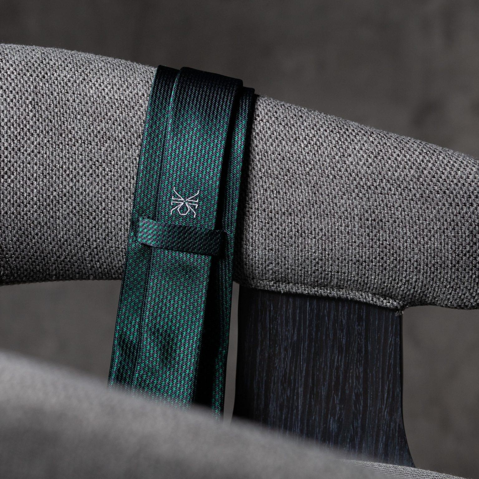 JACQUARD-0540-Tie-Initials-Corbata-Iniciales-The-Seelk-4