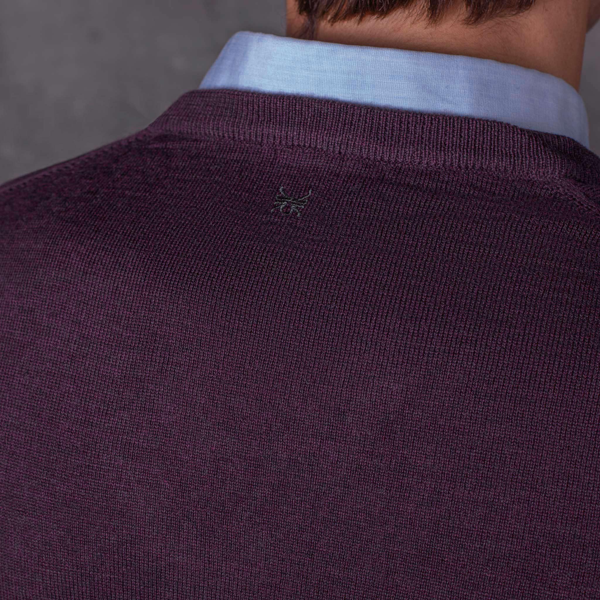 V-NECK PULLOVER 01.03 PURPLE JERSEY PICO 01.03 MORADO The Seëlk 10
