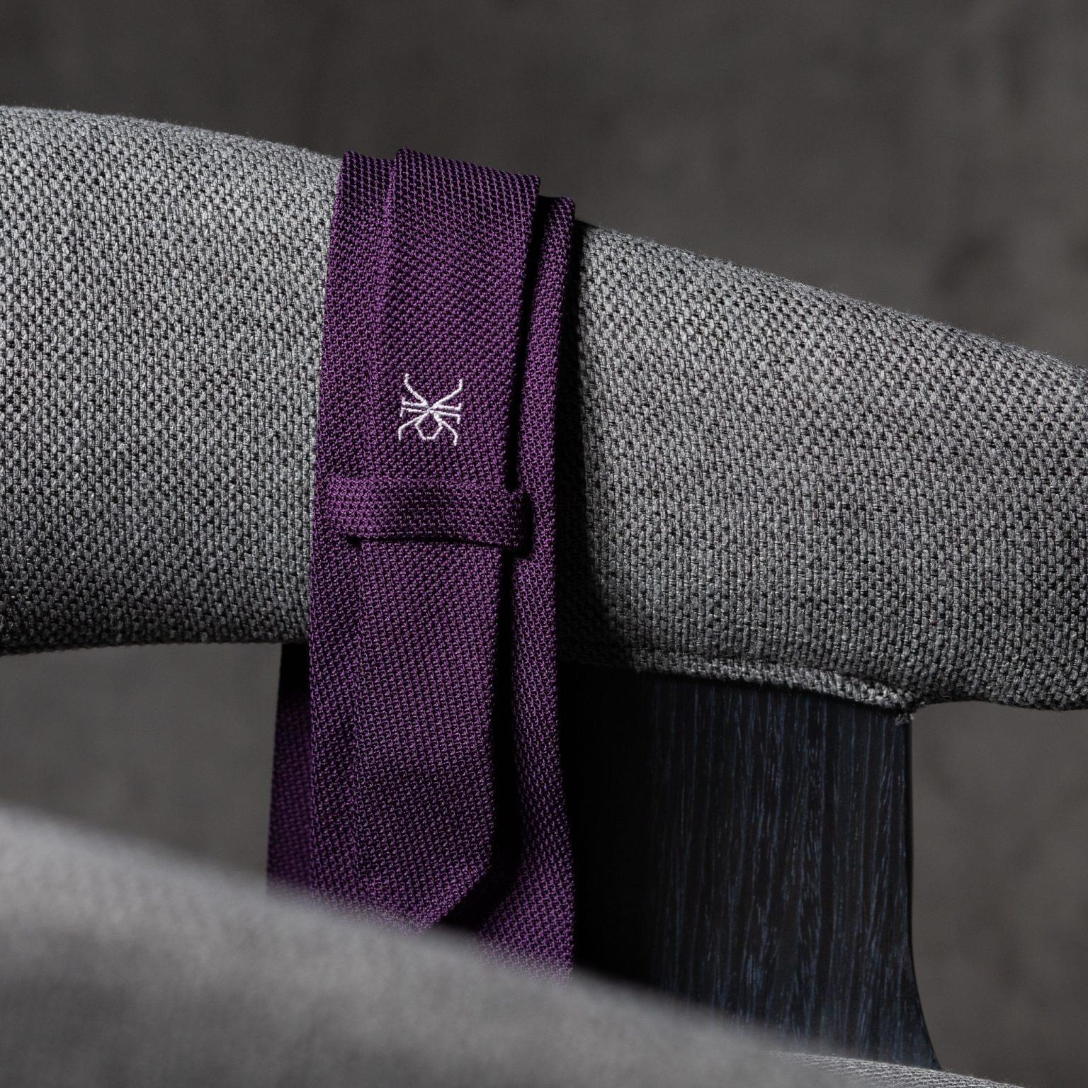 GRENADINE-0157-Tie-Initials-Corbata-Iniciales-The-Seelk-4