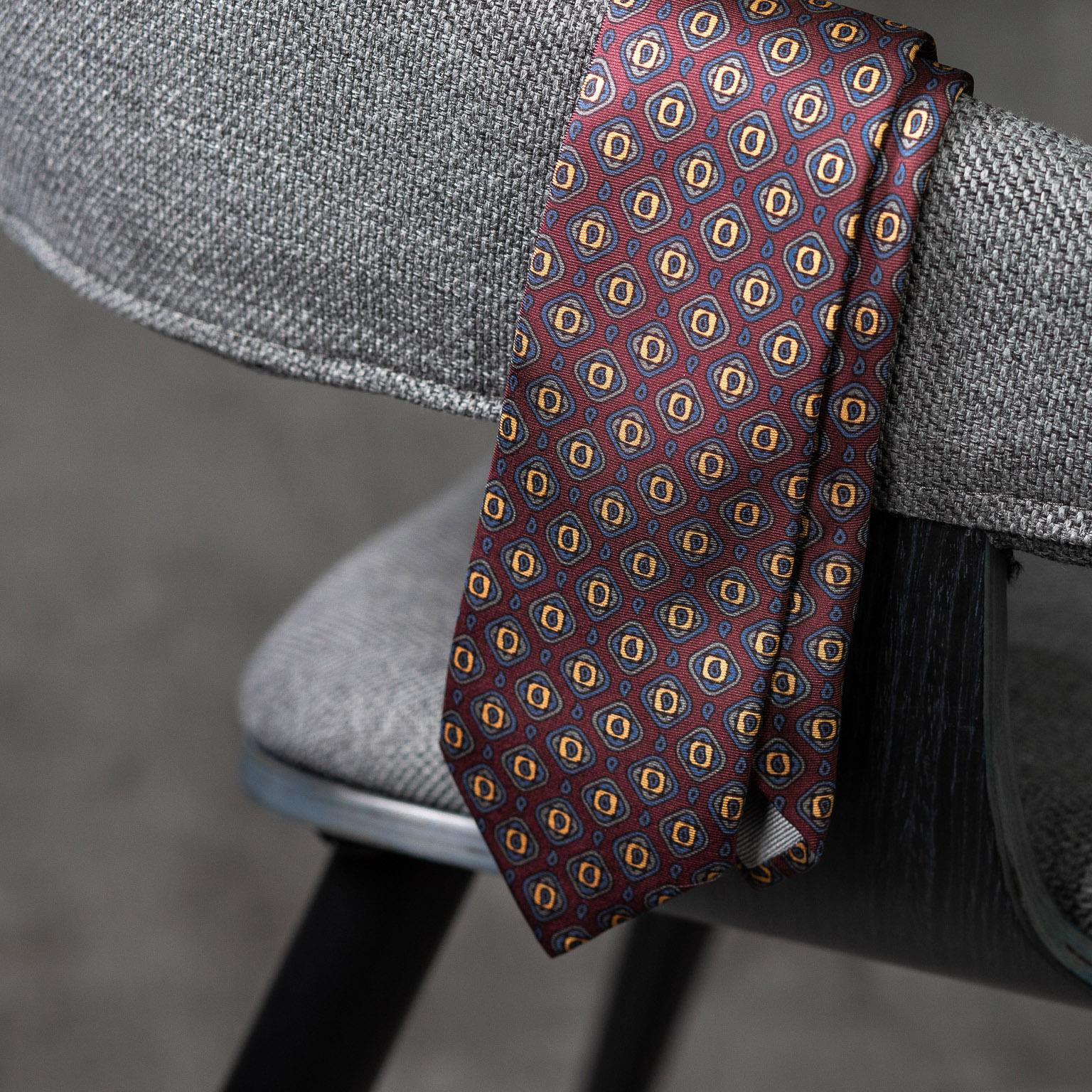 PRINTED-SILK-SEDA-ESTAMPADA-0578-Tie-Initials-Corbata-Iniciales-The-Seelk-3