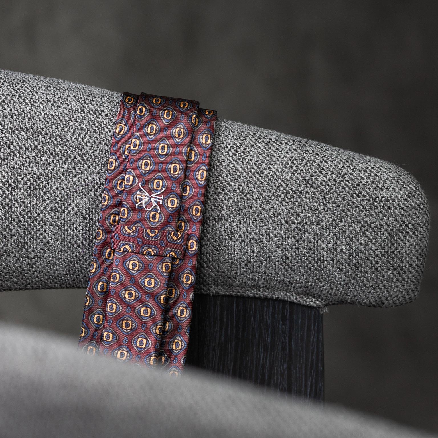 PRINTED-SILK-SEDA-ESTAMPADA-0578-Tie-Initials-Corbata-Iniciales-The-Seelk-4