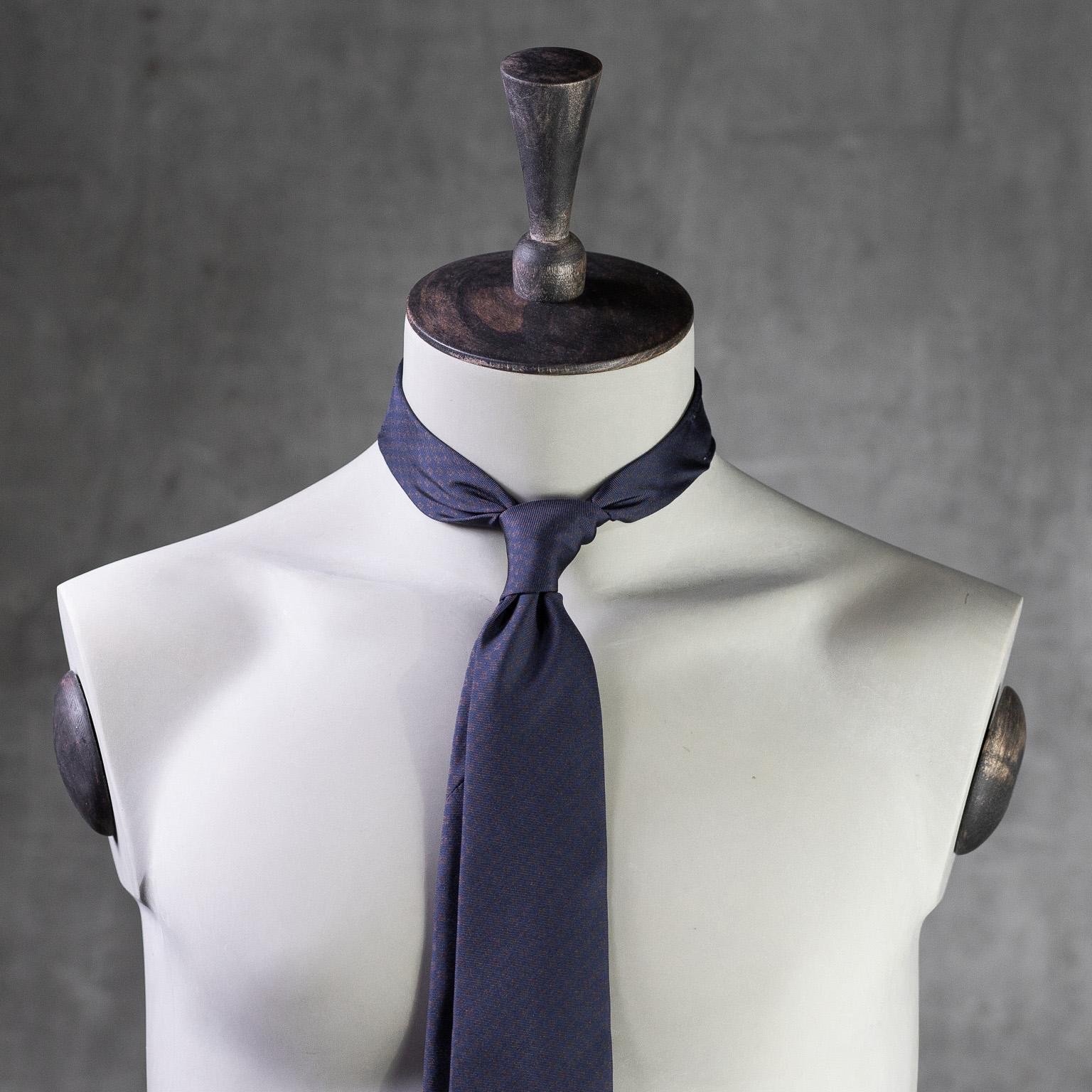 PRINTED-SILK-SEDA-ESTAMPADA-0582-Tie-Initials-Corbata-Iniciales-The-Seelk-2