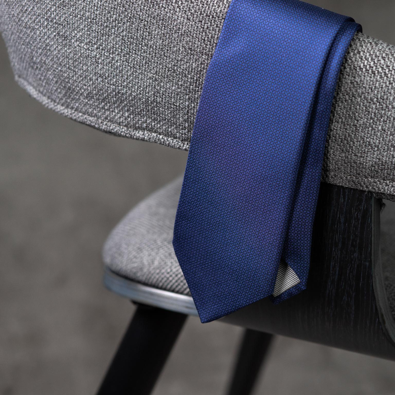 PRINTED-SILK-SEDA-ESTAMPADA-0572-Tie-Initials-Corbata-Iniciales-The-Seëlk-3