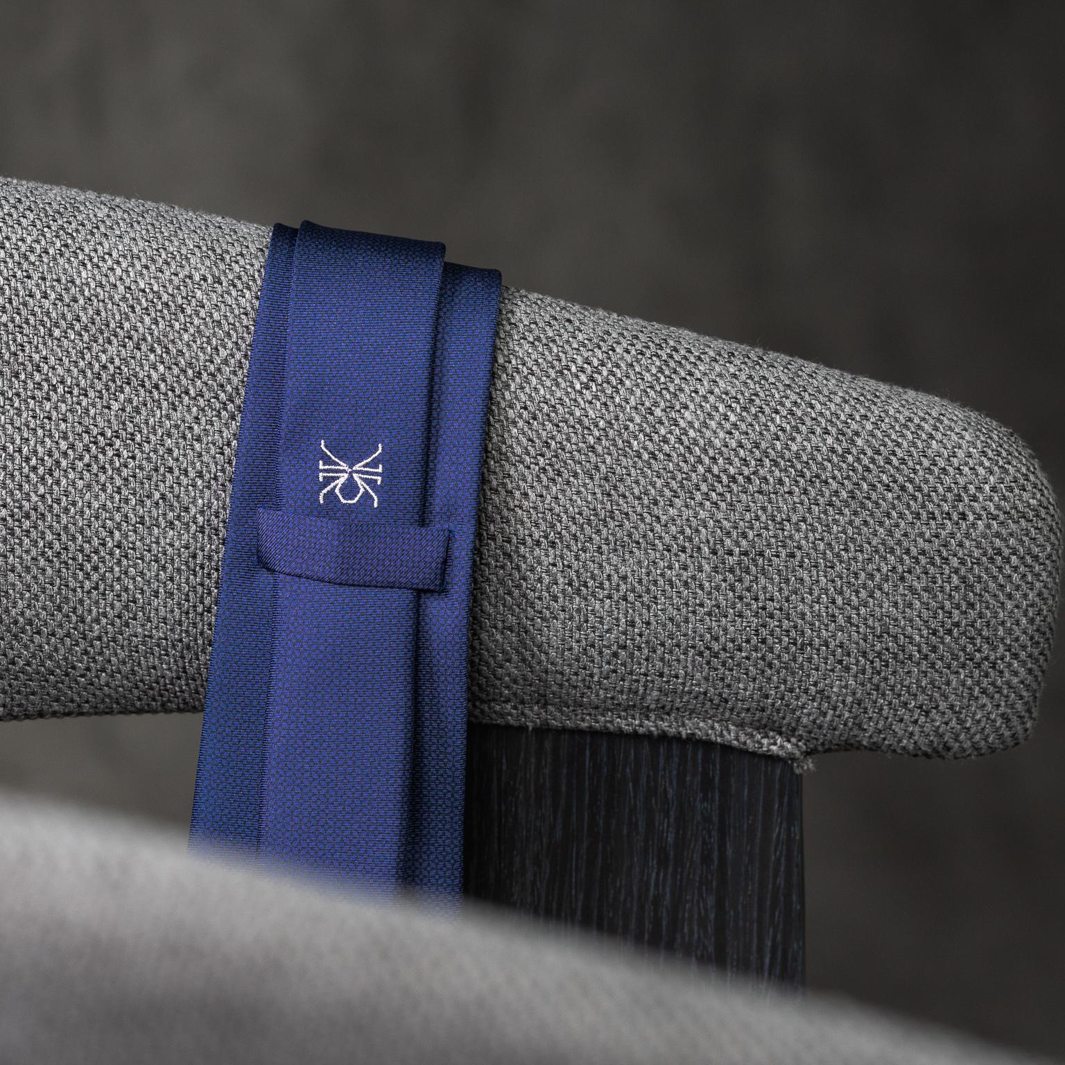 PRINTED-SILK-SEDA-ESTAMPADA-0572-Tie-Initials-Corbata-Iniciales-The-Seëlk-4
