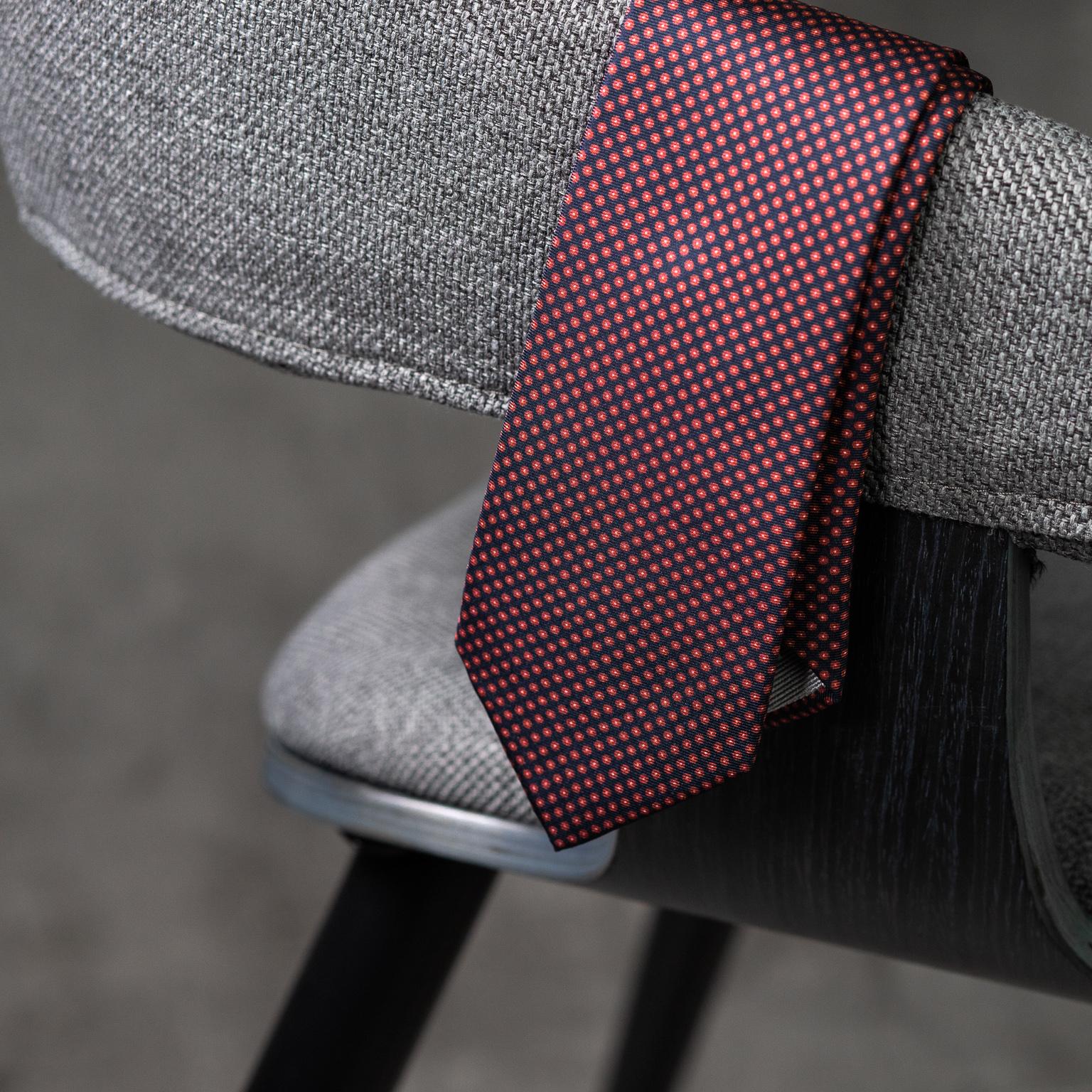 PRINTED-SILK-SEDA-ESTAMPADA-0581-Tie-Initials-Corbata-Iniciales-The-Seëlk-3