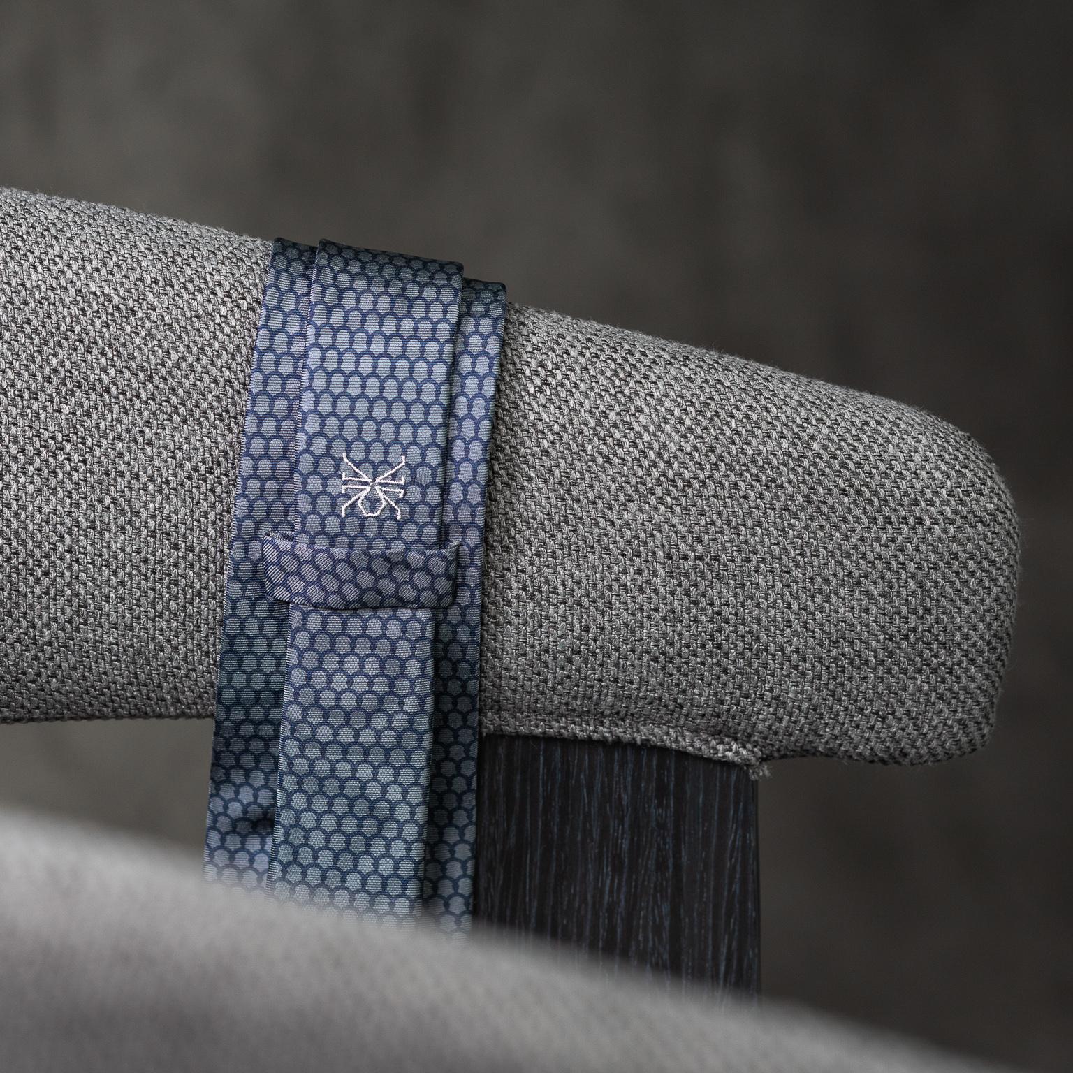 PRINTED-SILK-SEDA-ESTAMPADA-0585-Tie-Initials-Corbata-Iniciales-The-Seelk-4