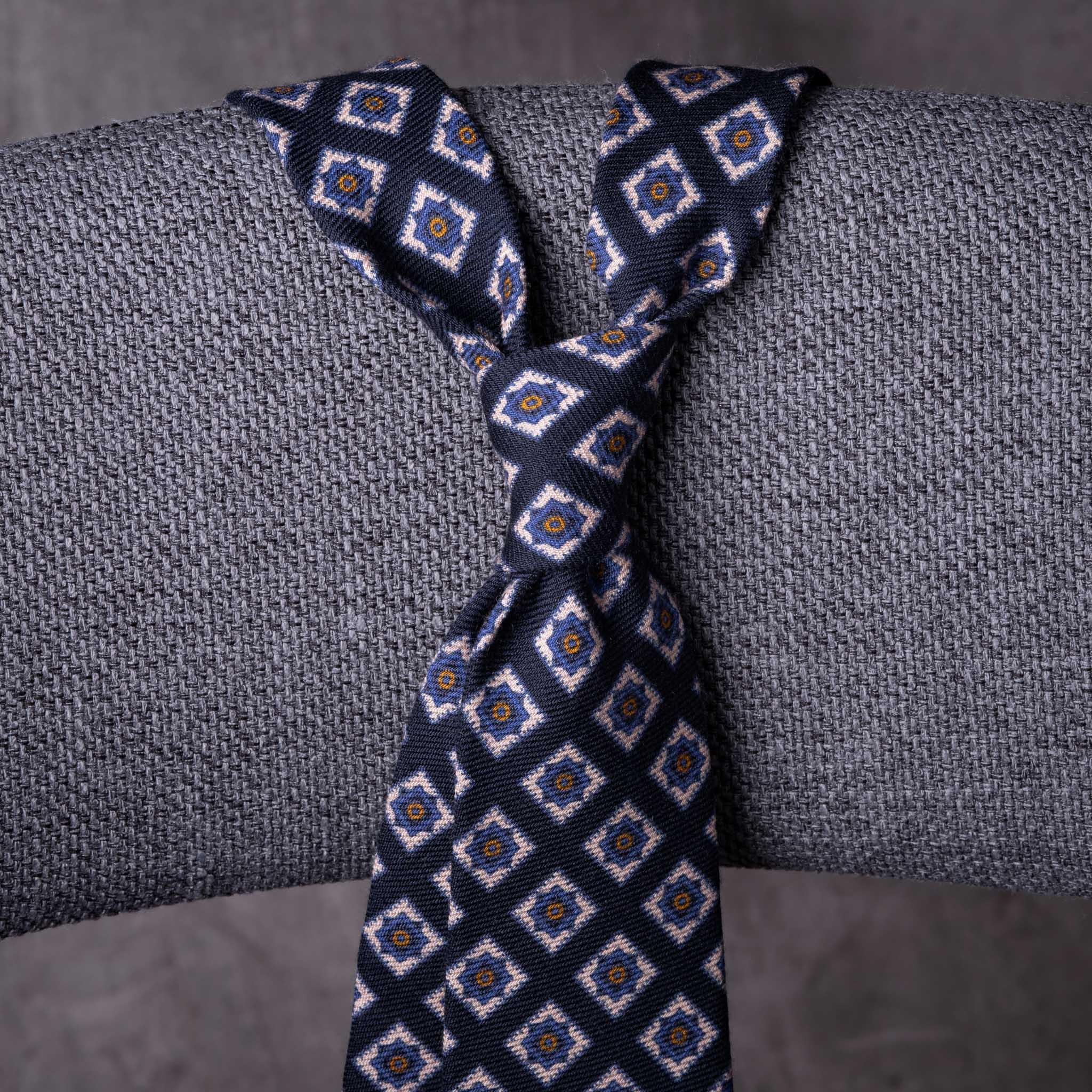 WOOL-0200-Tie-Initials-Corbata-Iniciales-The-Seelk-2
