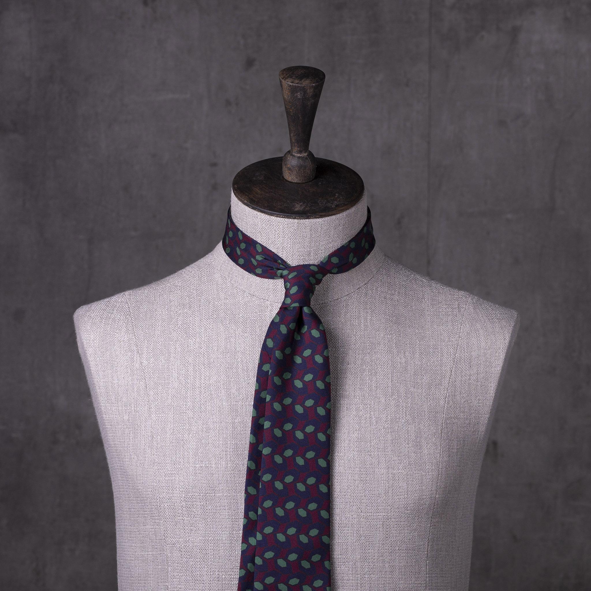 PRINTED-SILK-SEDA-ESTAMPADA-0493-Tie-Initials-Corbata-Iniciales-The-Seelk-2