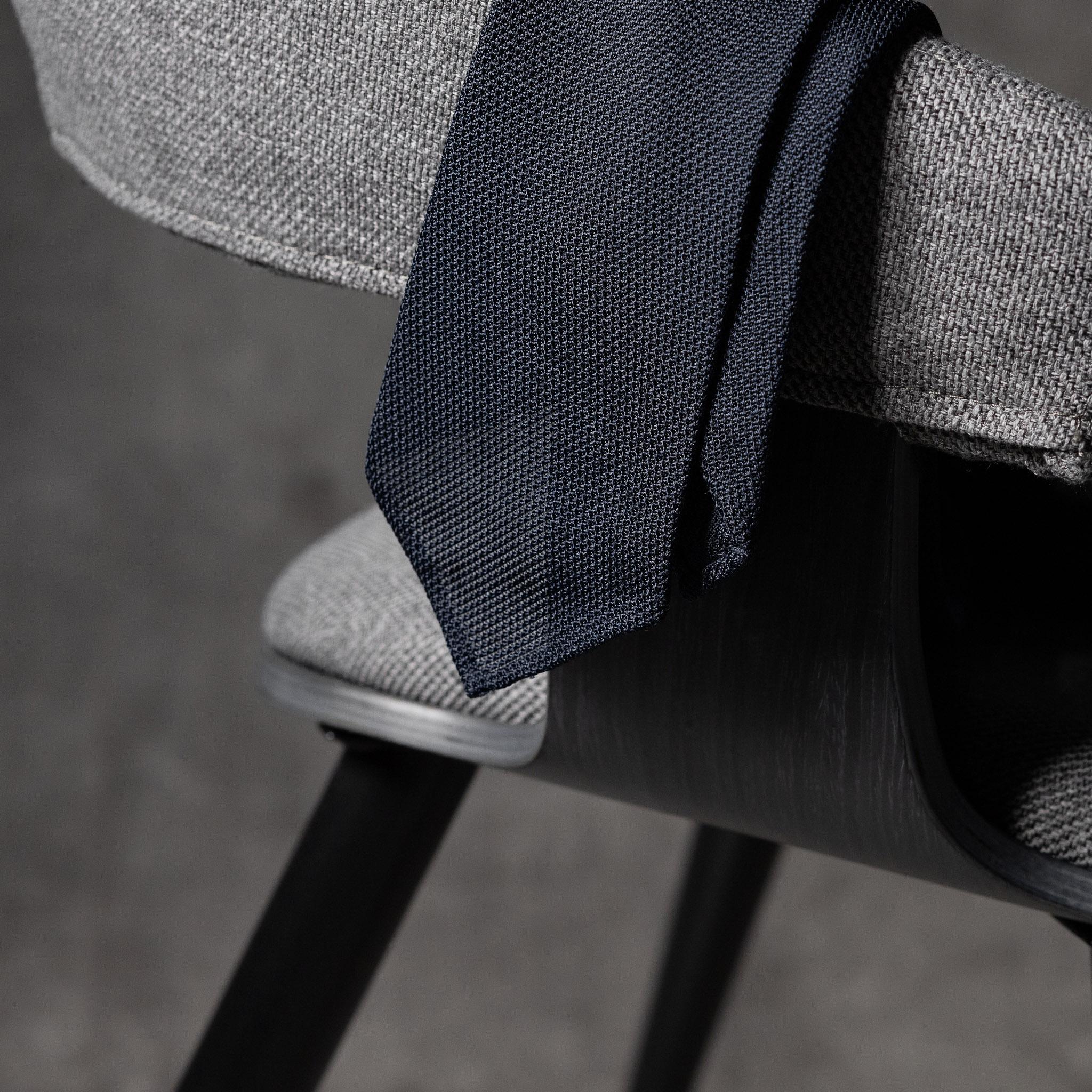 GRENADINE-0509-Tie-Initials-Corbata-Iniciales-The-Seelk-2