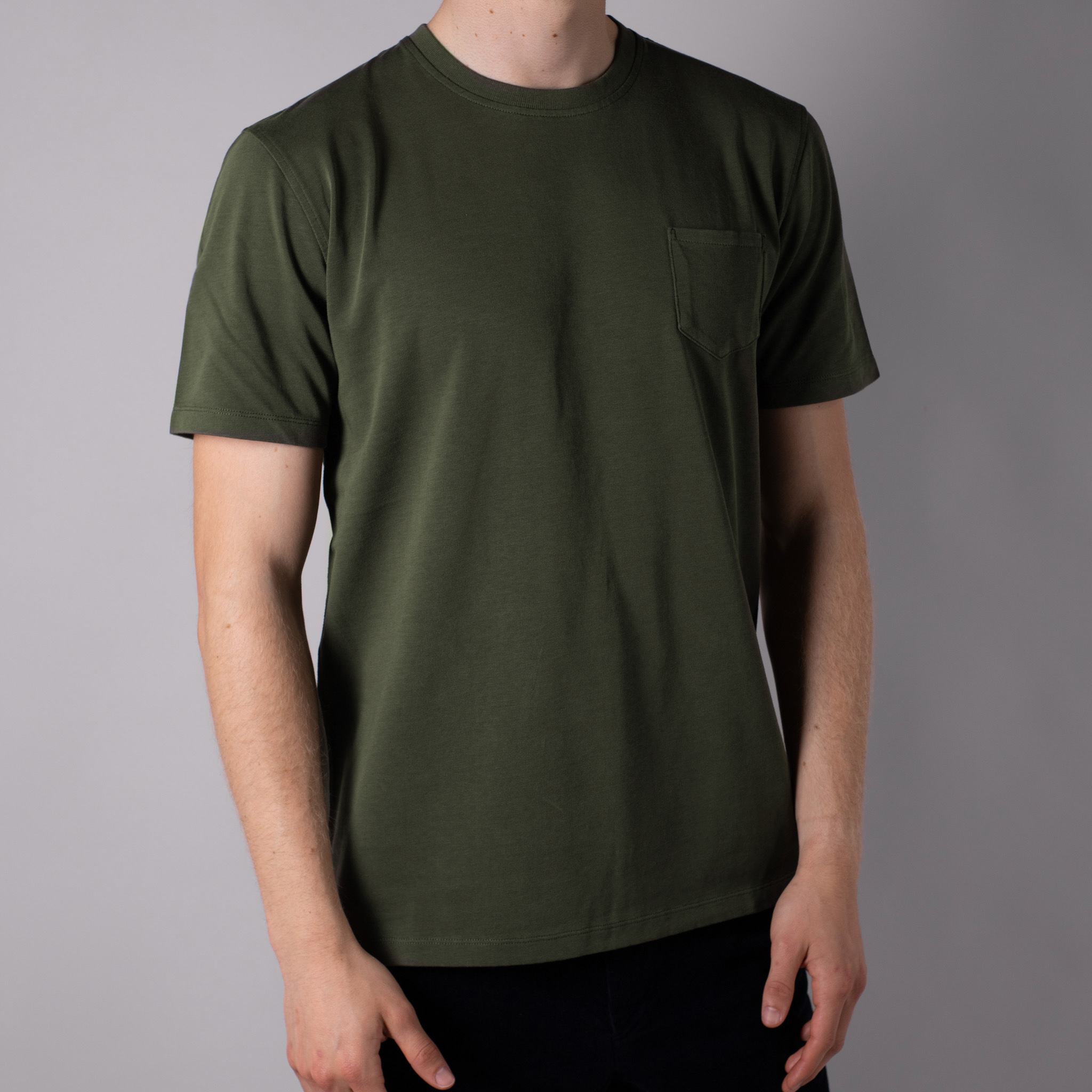 T-SHIRT-02-·-03-VERDE-The-Seëlk 1