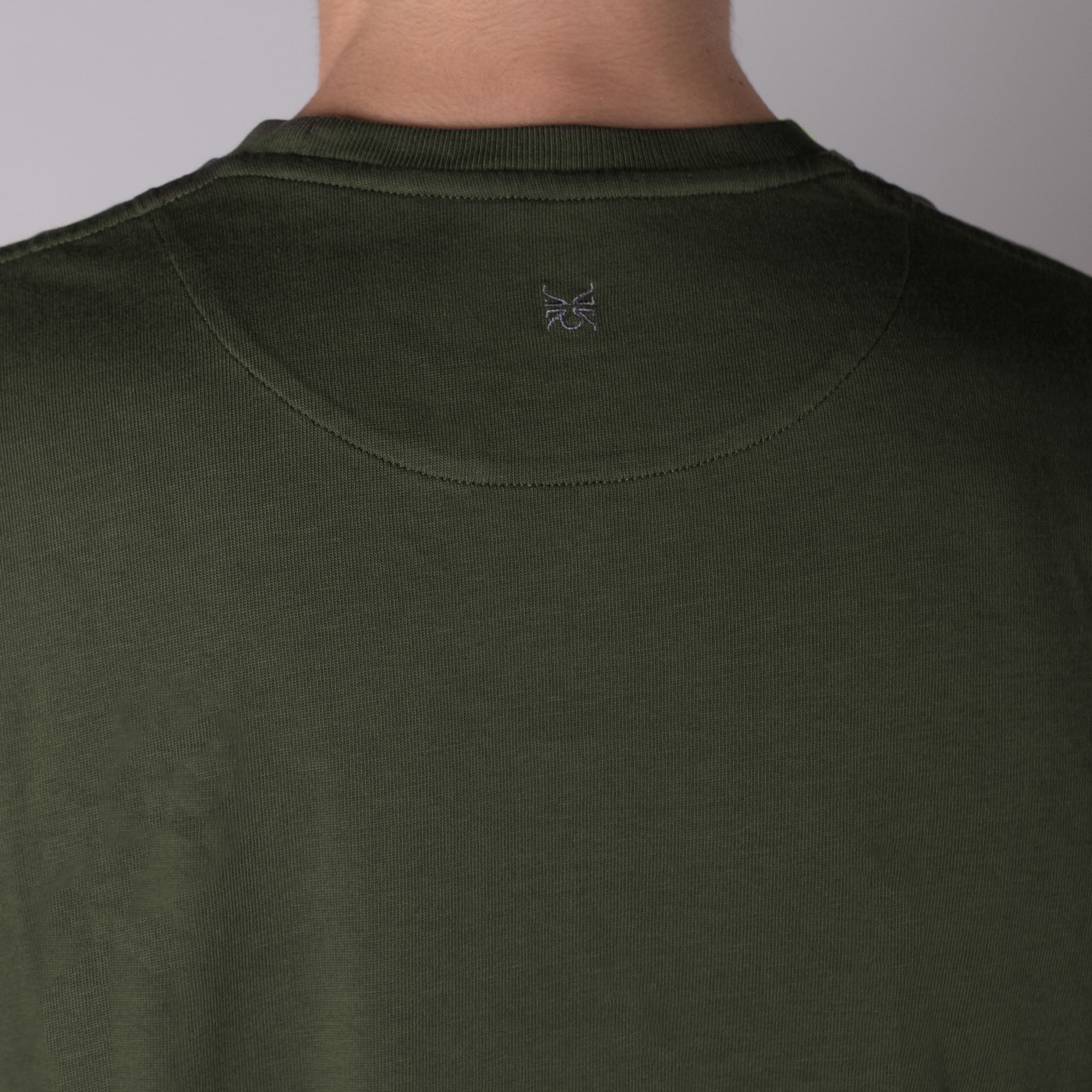 T-SHIRT-02-·-03-VERDE-The-Seëlk 3