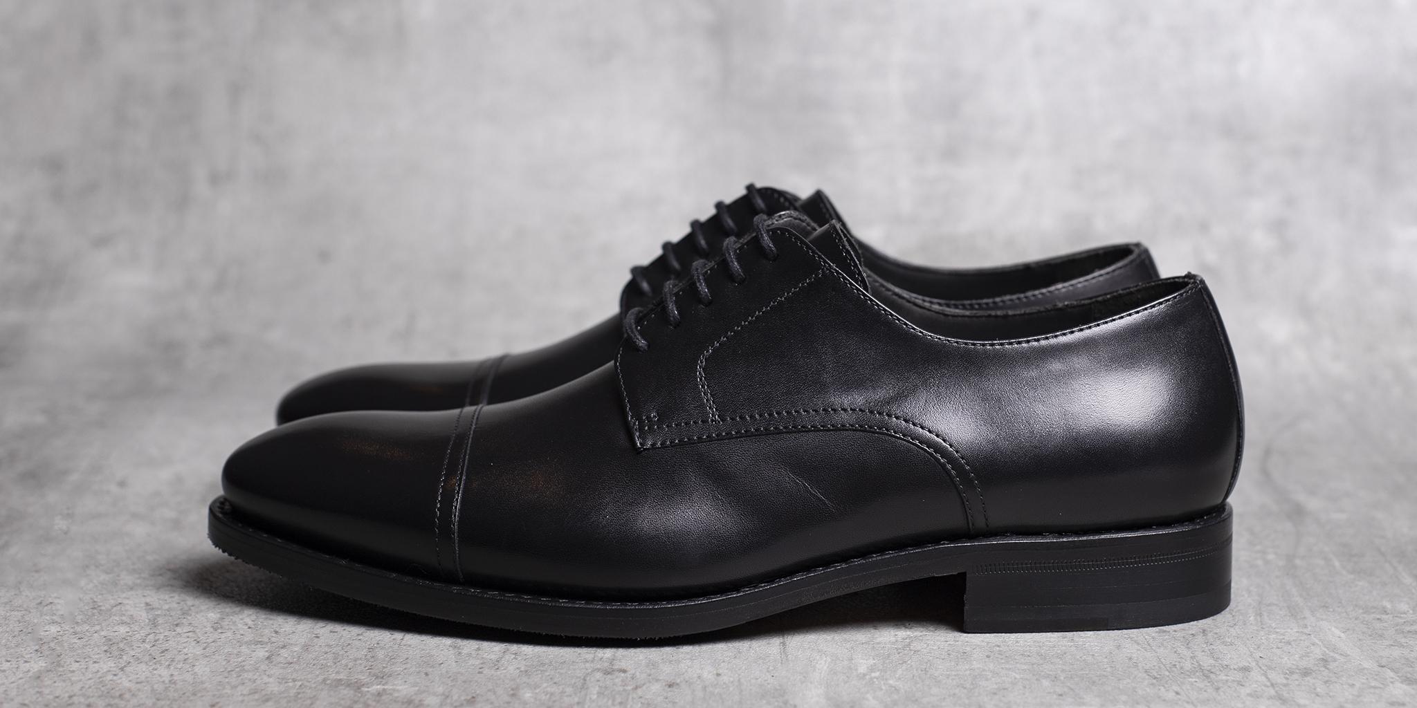 DERBY · 0649 Black leather The Seëlk 3